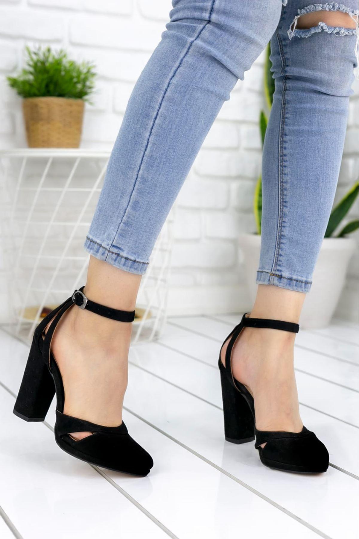 Flora Süet Yuvarlak Burun Yüksek Topuklu Ayakkabı Siyah