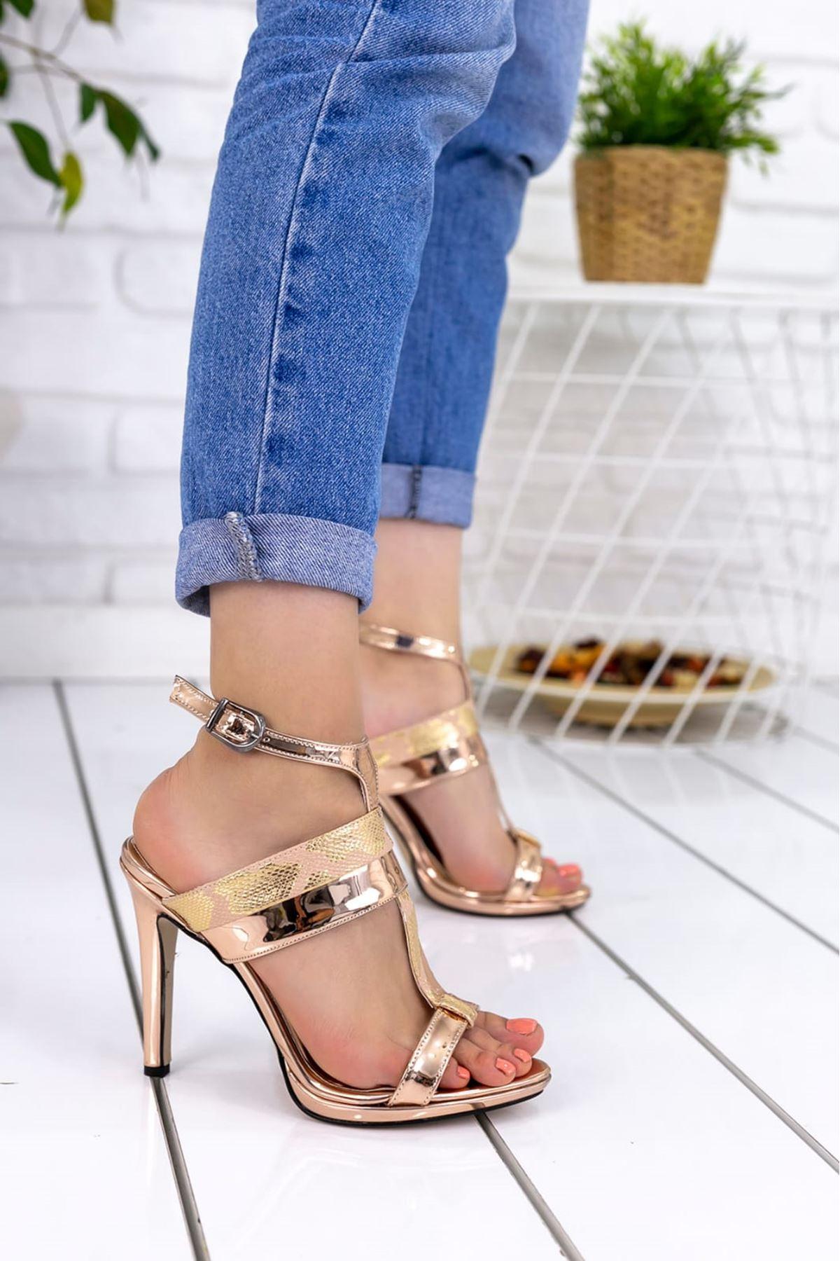 Rose Rugan Yılan Detay Tek Bant Topuklu Ayakkabı Bakır