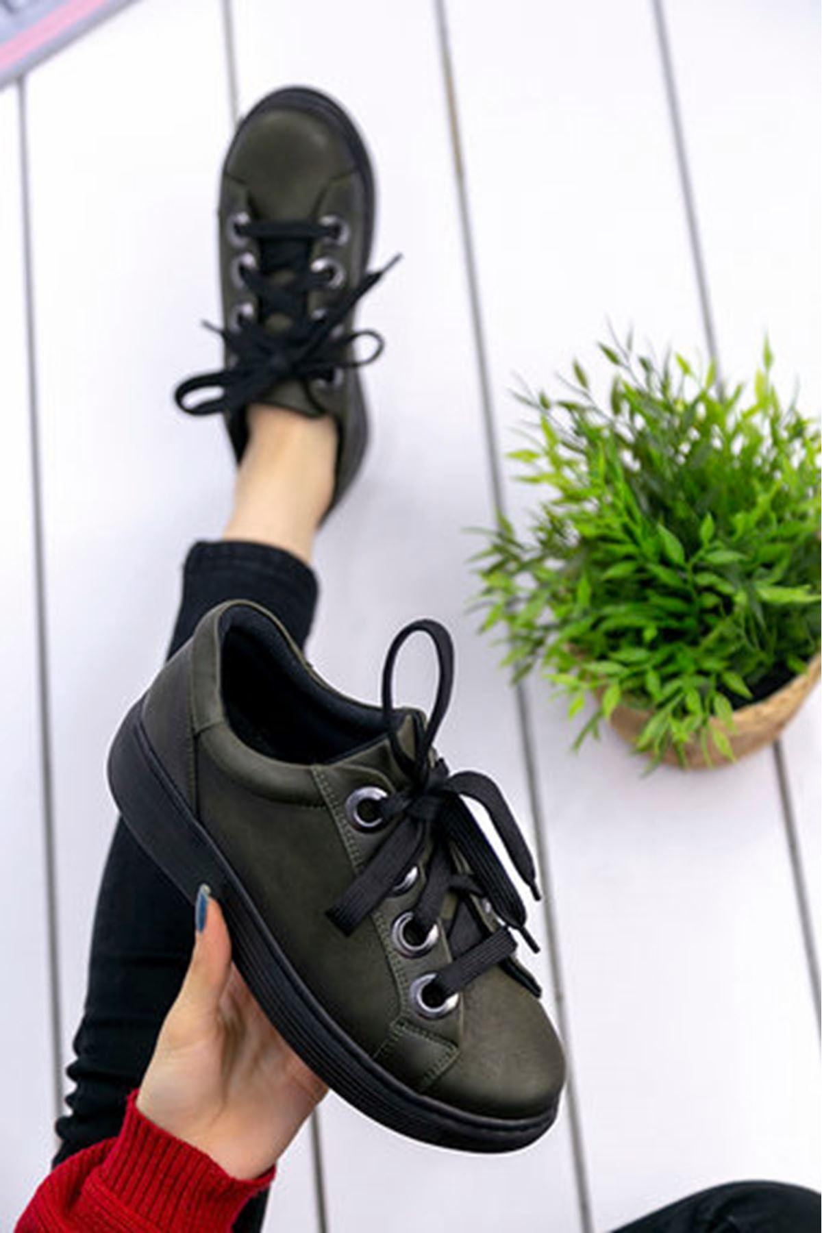 Celso Mat Deri Kalın Bağcık Detay Sneakers Haki