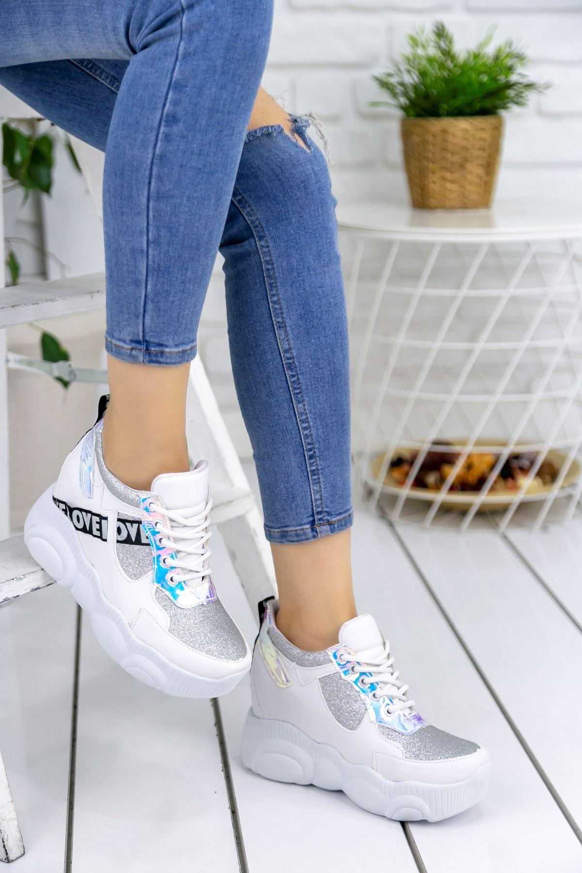 Vena Bağcık Detaylı Yüksek Topuk Beyaz Kadın Spor Ayakkabı