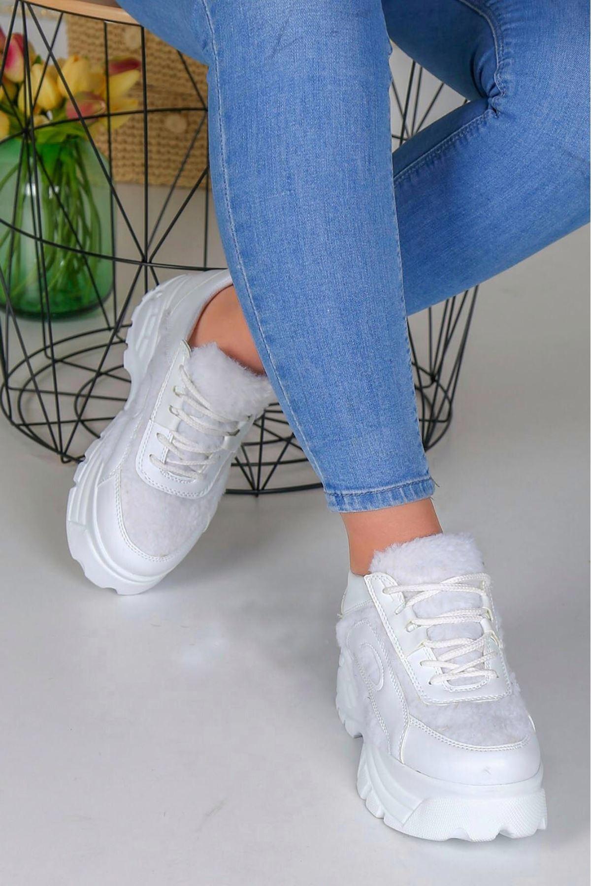 Agnes Mat Deri Peluş Detay Kalın Taban Spor Ayakkabı Beyaz