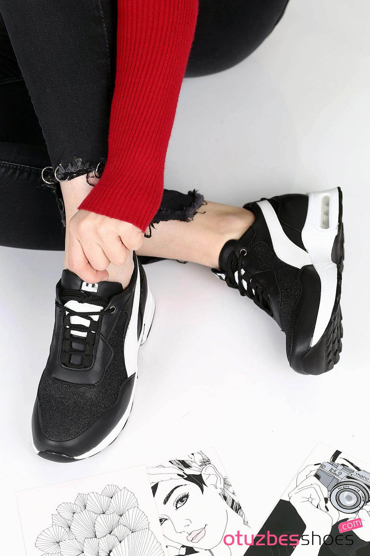 Sonoo Hava Tabanlı Etiket Detaylı Kadın Spor Ayakkabı Siyah