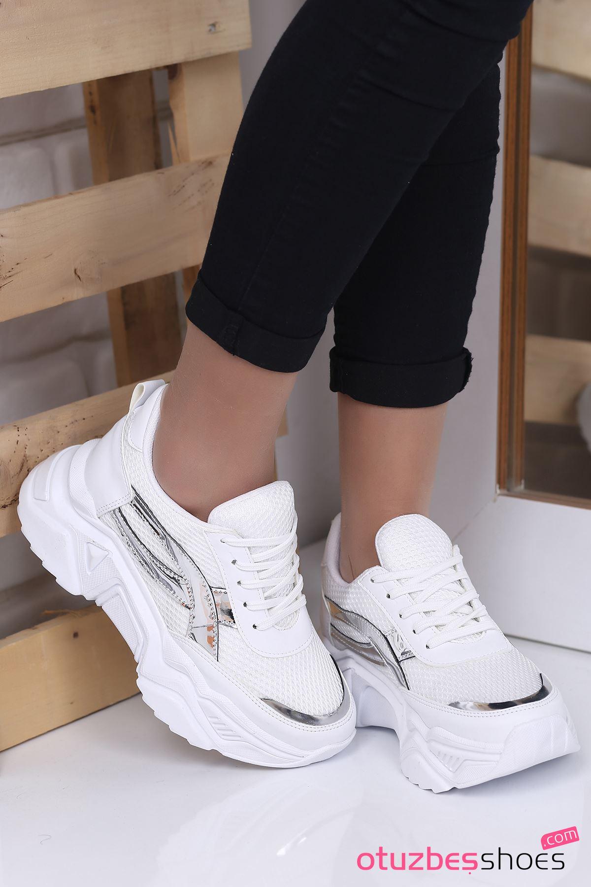 Ayça Mat Deri Hologram Detay FİLELİ Spor Ayakkabı Beyaz