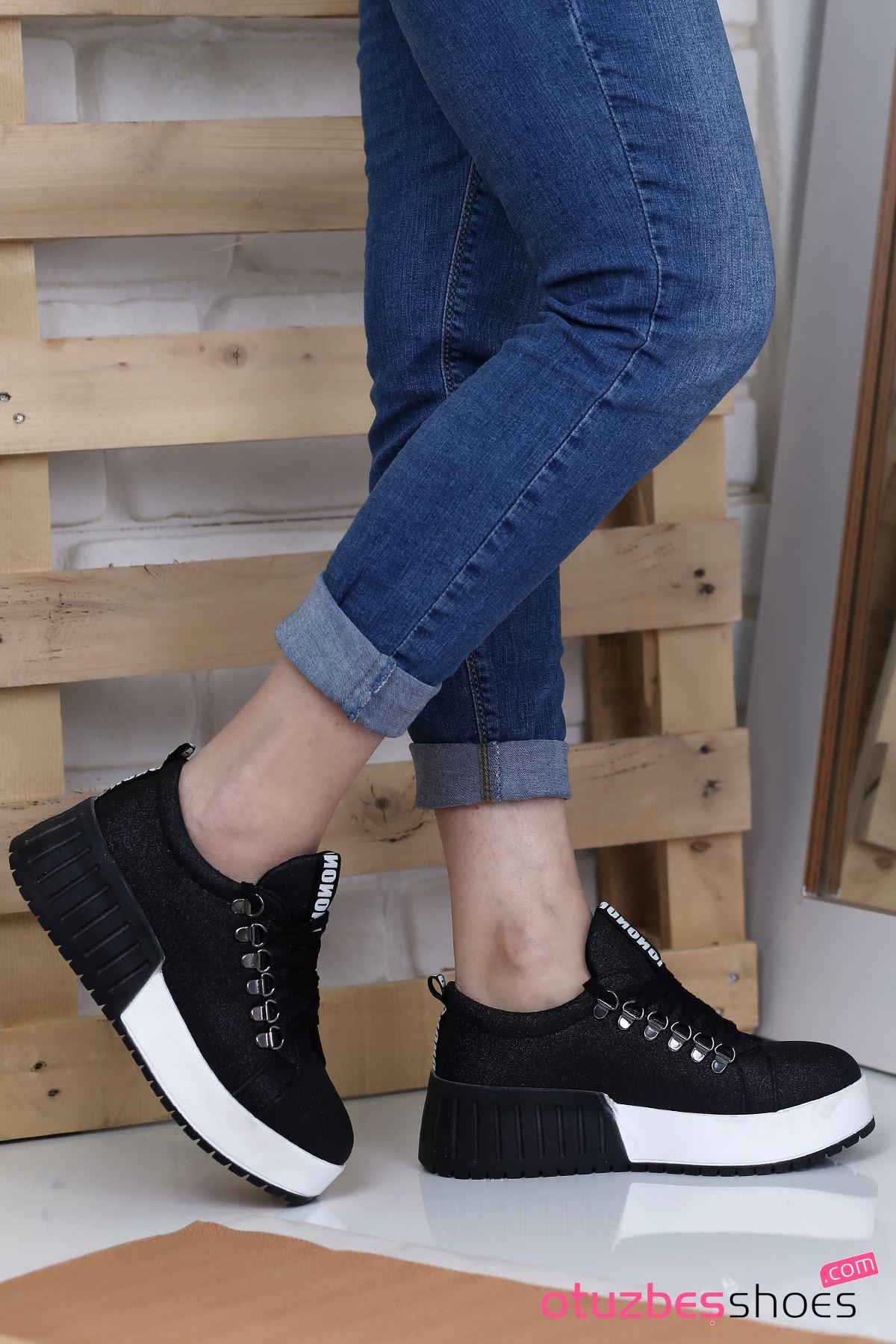 Masha Simli Bağcık Detay Spor Ayakkabı Siyah
