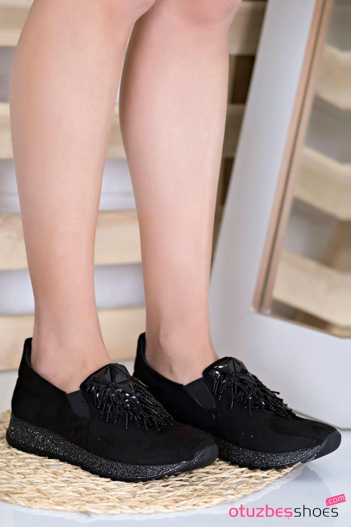 Nesso Süet Taş Detay Bayan Ayakkabı Siyah