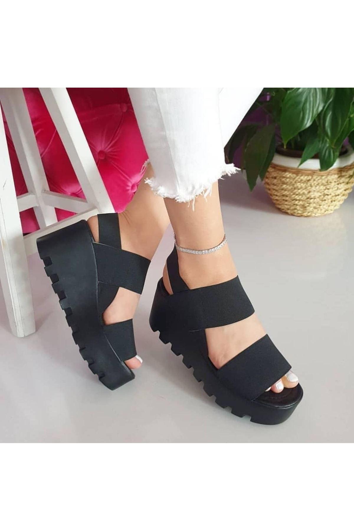 Amy Lastik Dolgu Topuk Ayakkabı Siyah