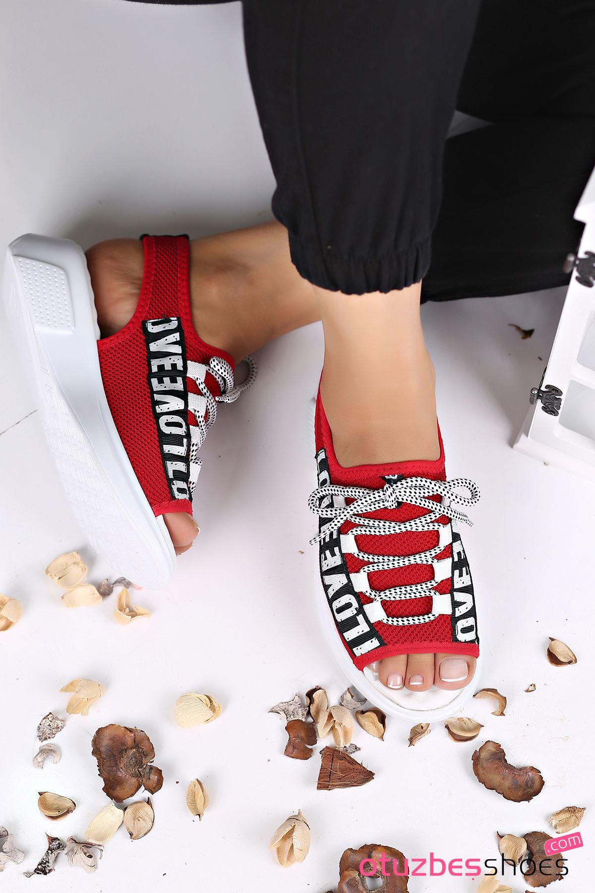 Lover Çelik Örgü Yazı Detay Sandalet Kırmızı