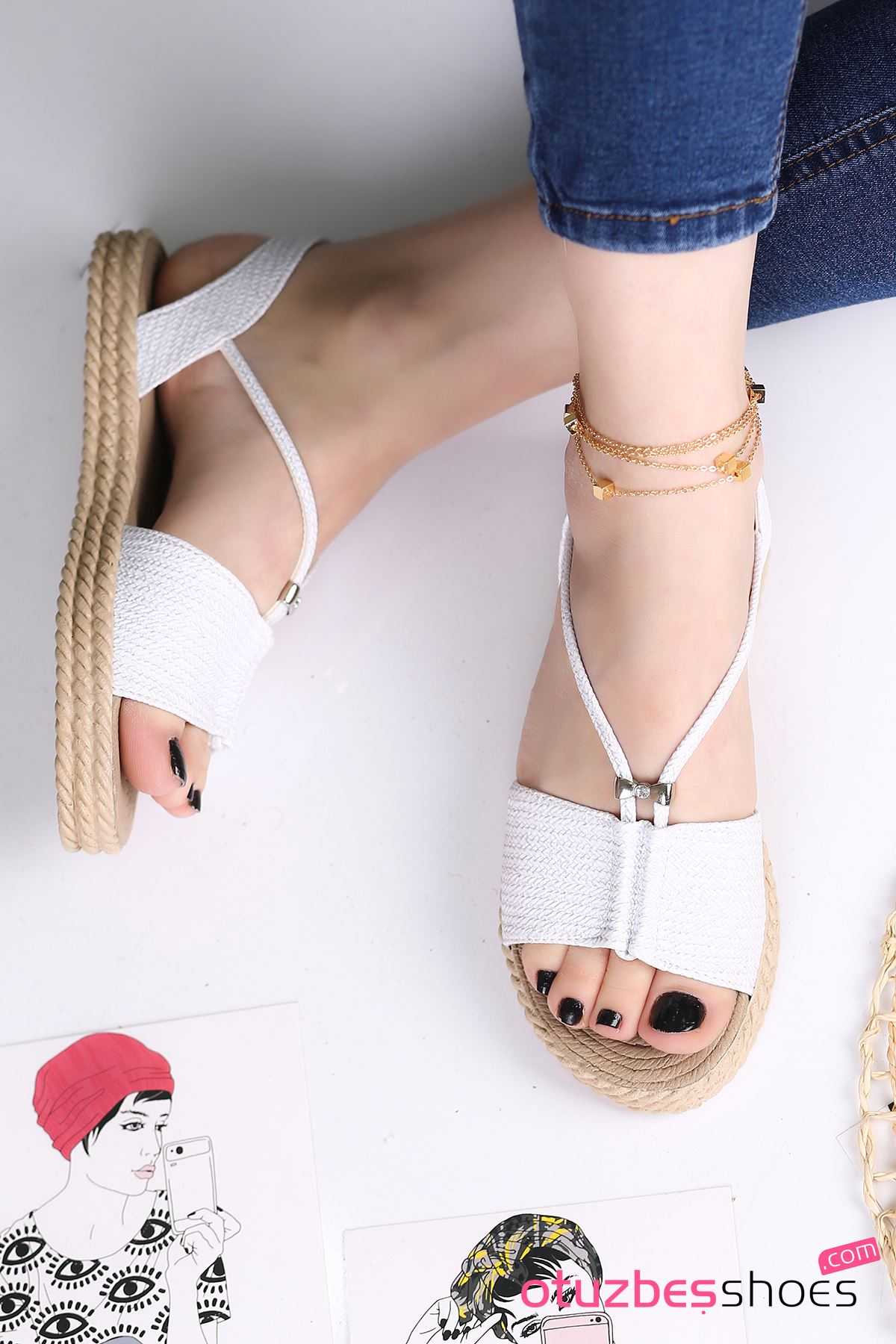 Menda Mat Deri Toka Detay Kadın Sandalet Beyaz