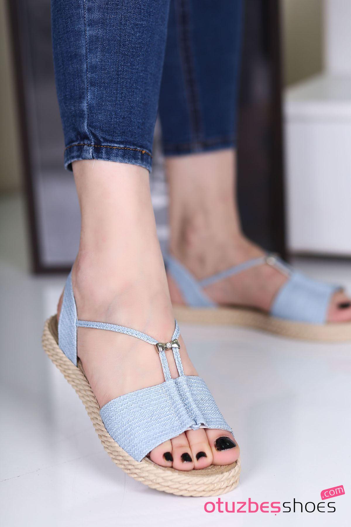 Menda Mat Deri Toka Detay Kadın Sandalet Bebe Mavi