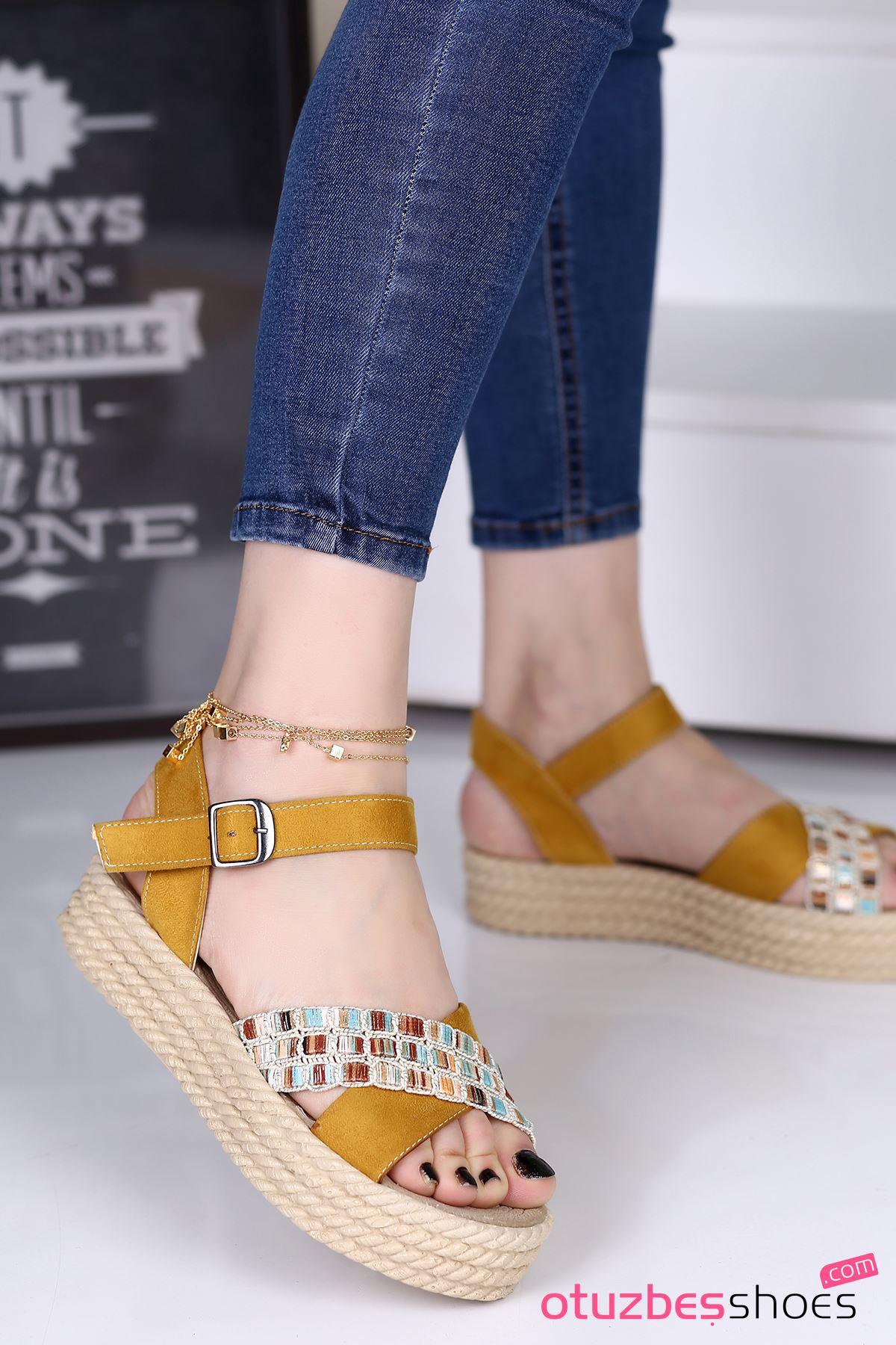 Işıl Süet Renkli Çapraz Detay Kadın Sandalet Hardal