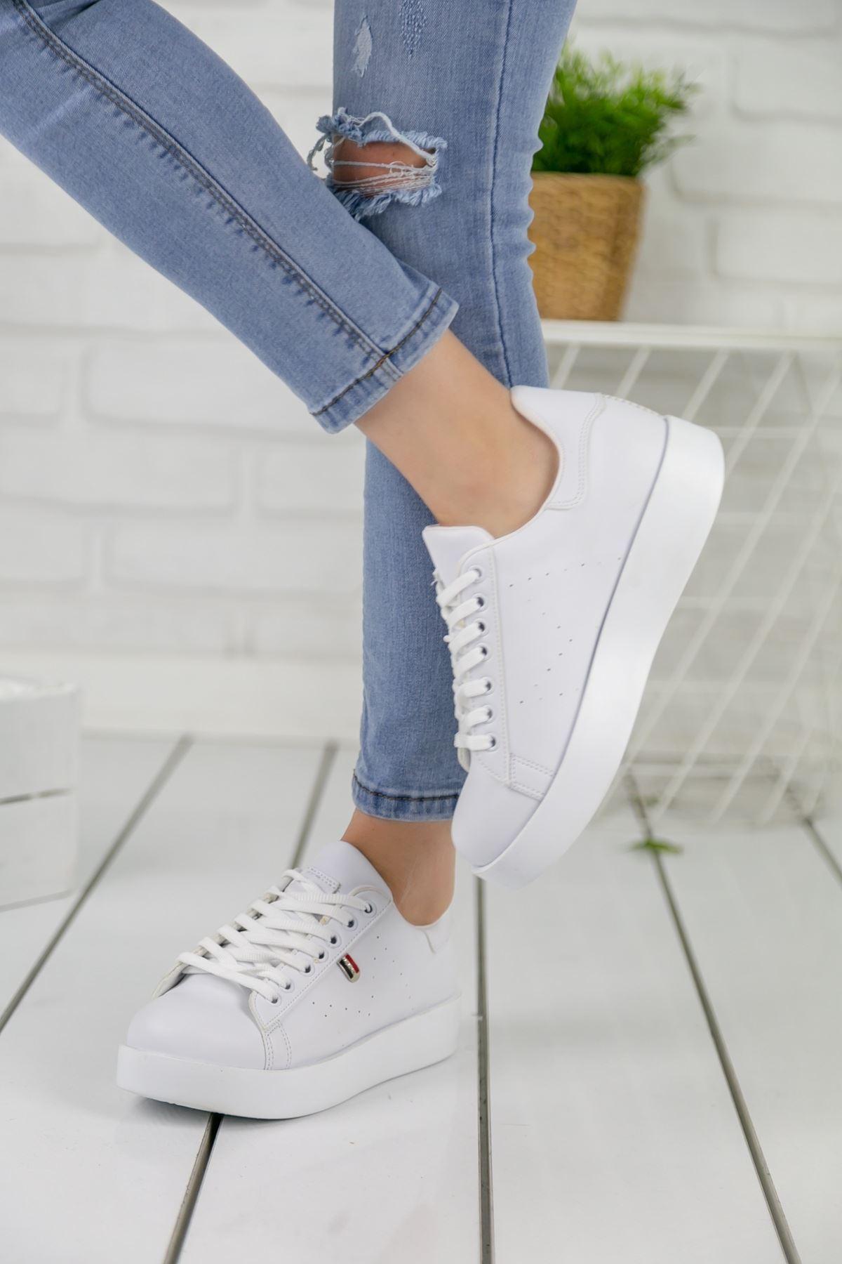 Birsu Mat Deri Kadın Spor Ayakkabı Beyaz