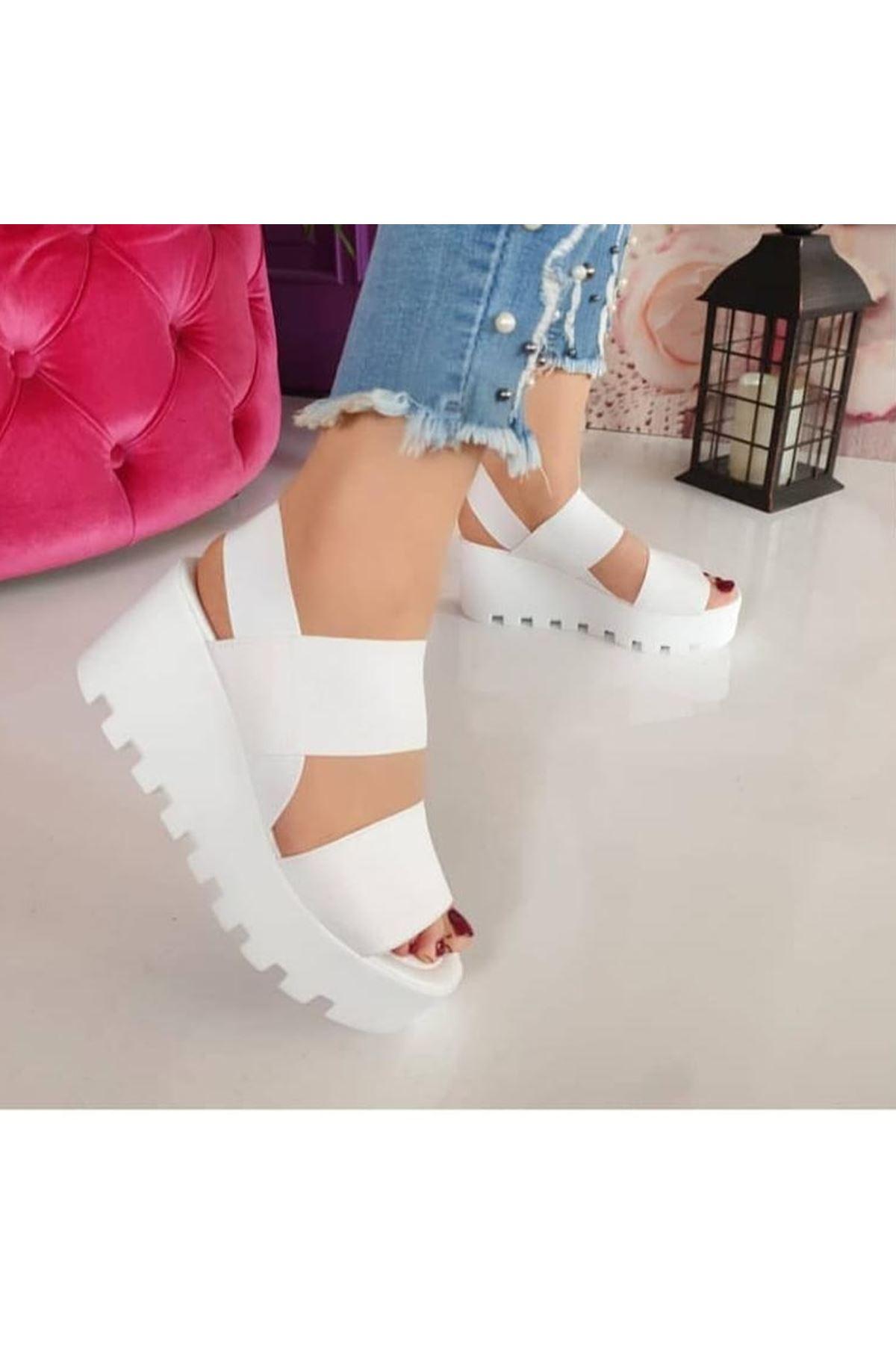 Amy Lastik Dolgu Topuk Ayakkabı Beyaz