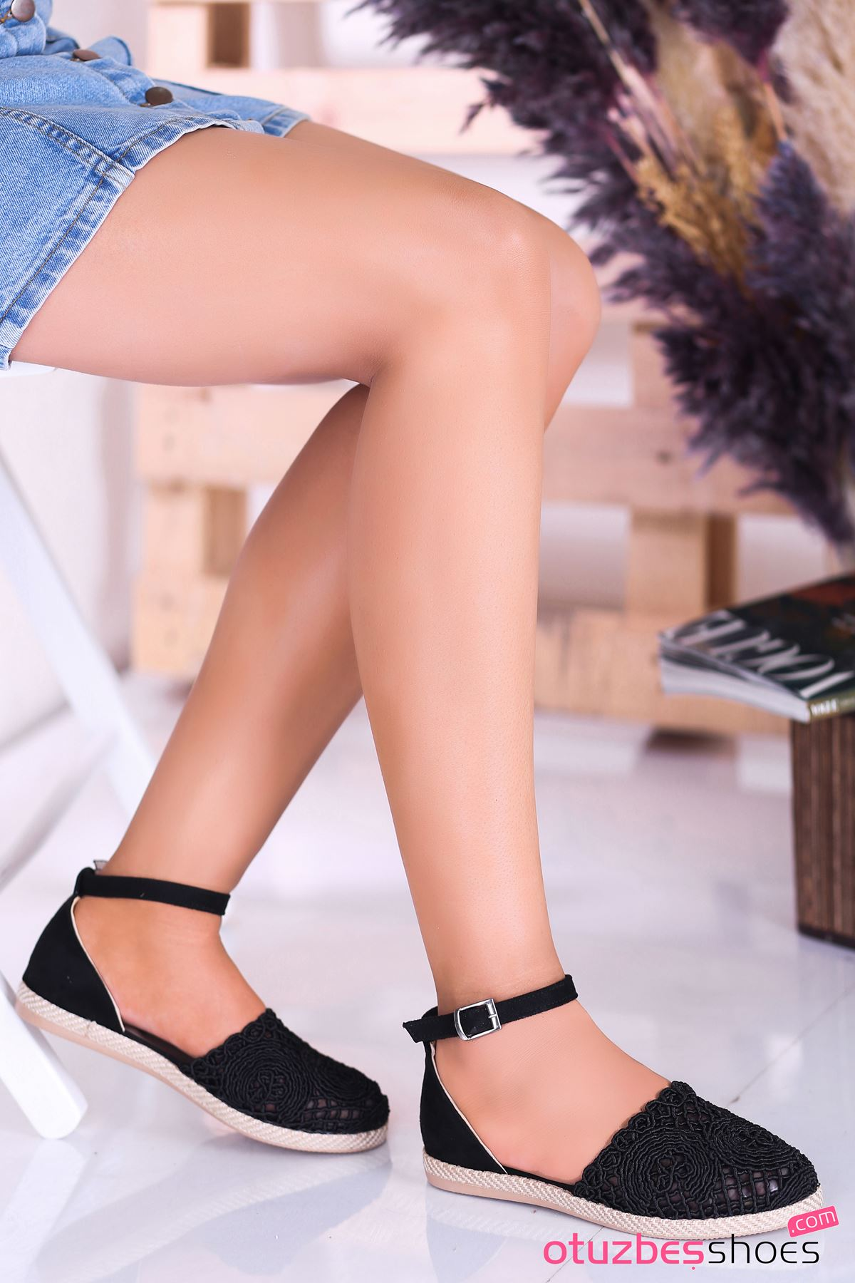 Sinde Dantel Detay Siyah Kadın Ayakkabı