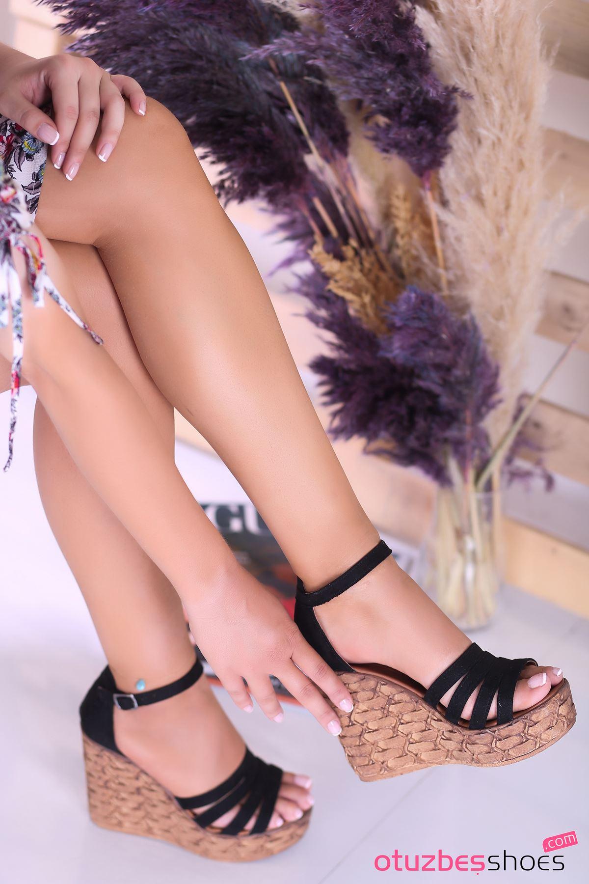 Alenz Siyah Süet Dolgu Topuk Kadın Ayakkabı