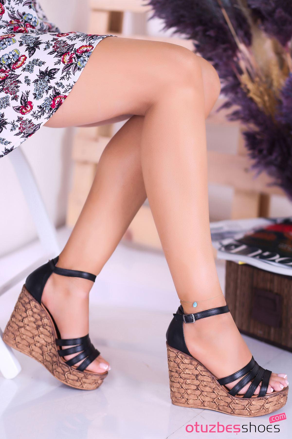 Alenz Siyah Dolgu Topuk Kadın Ayakkabı