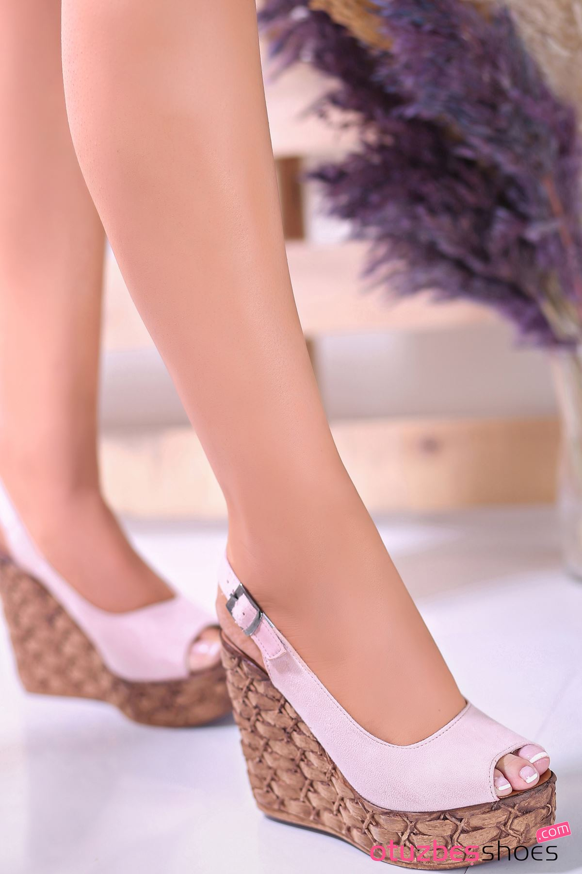 Alonso Pudra Süet  Dolgu Topuk Kadın Ayakkabı