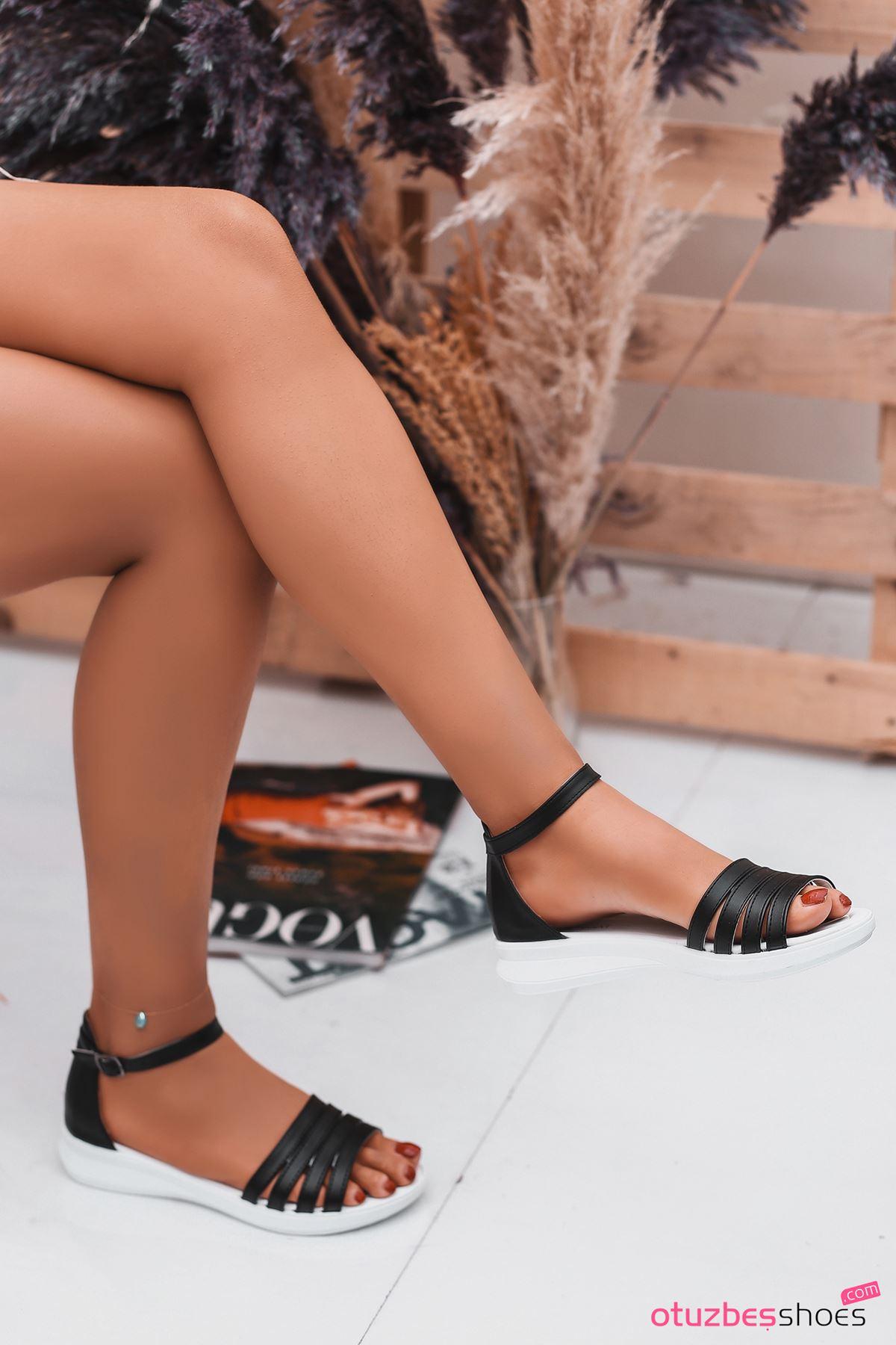 Adele Siyah Kadın Sandalet