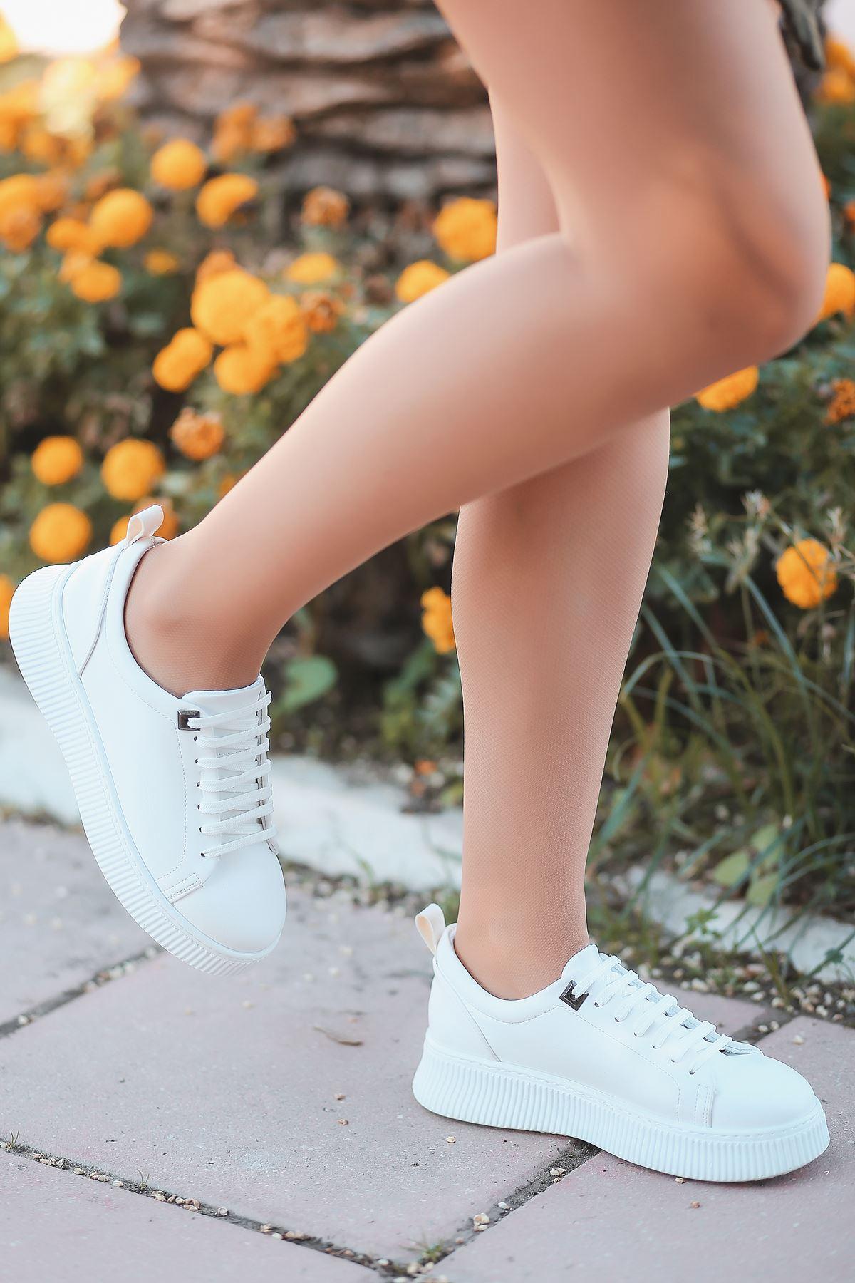 Dorris Bağcık Detaylı Beyaz Kadın Sneaker