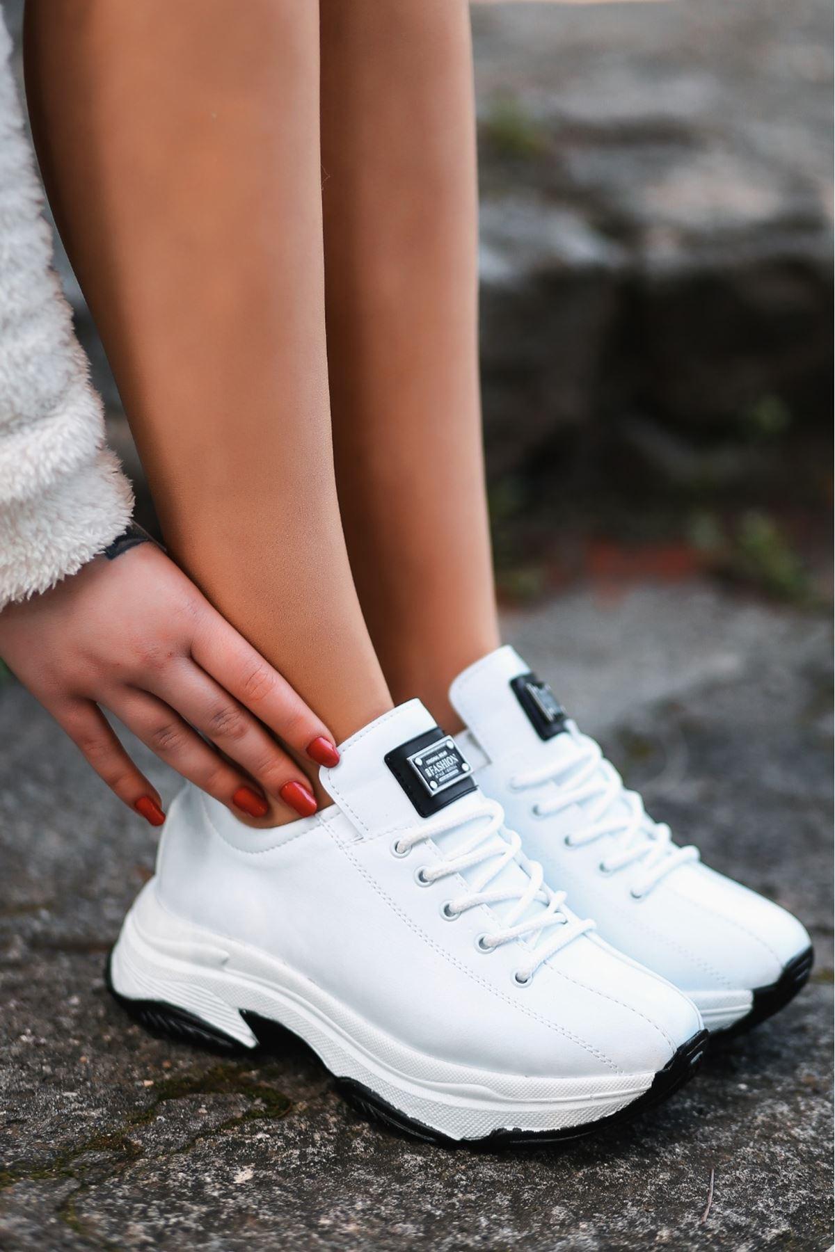 For-501 Mat Deri Bağcıklı Kadın Spor Ayakkabı Beyaz