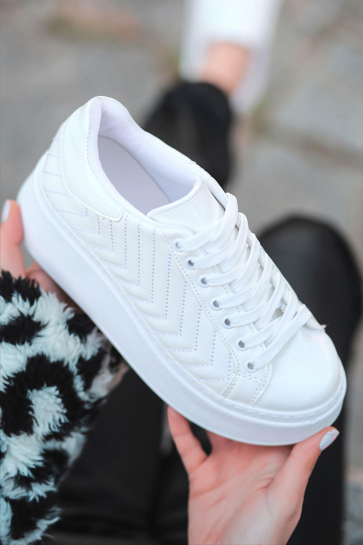 Hugo Rugan Dikiş Detaylı Kalın Taban Sneakers Beyaz