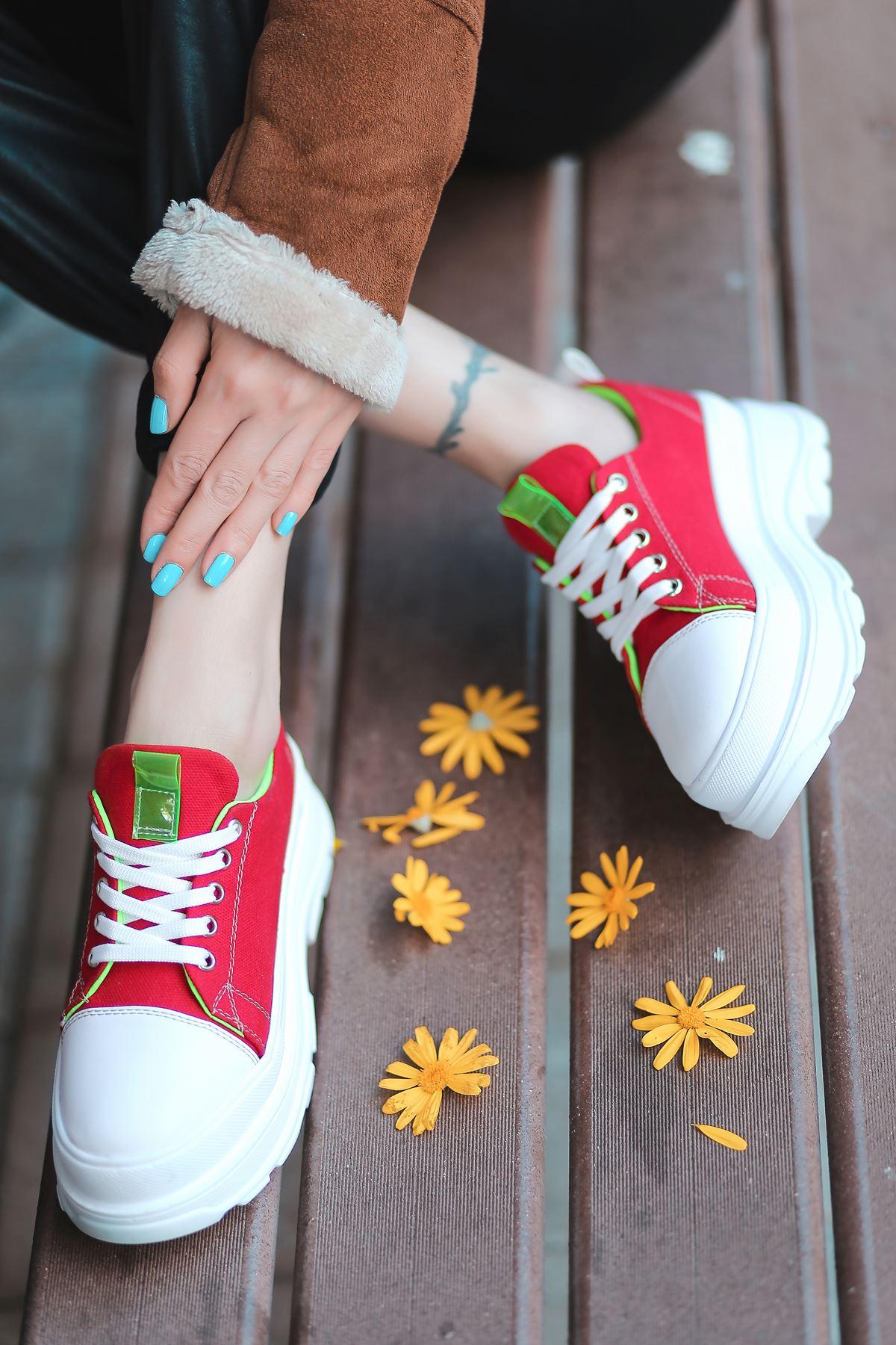 Combo Bağcık Detaylı Kırmızı Kumaş Kadın Spor Ayakkabı