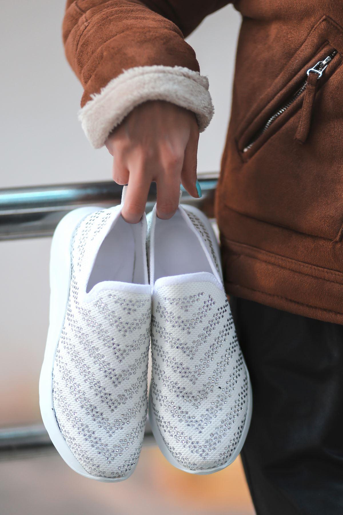 Tiger Taş Detaylı Beyaz Triko Kadın Spor Ayakkabı