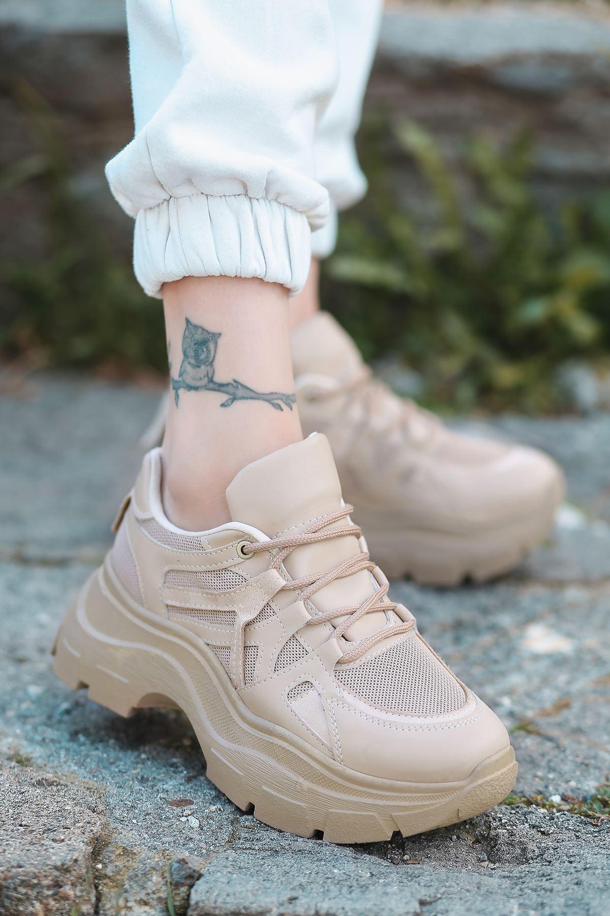 Gabi Bağcık Detaylı Vizon Kadın Spor Ayakkabı