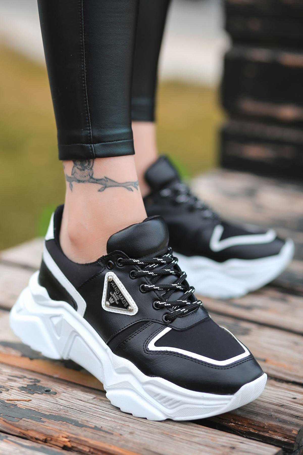 Stolz Arma Detaylı Bağcıklı Siyah Kadın Spor Ayakkabı