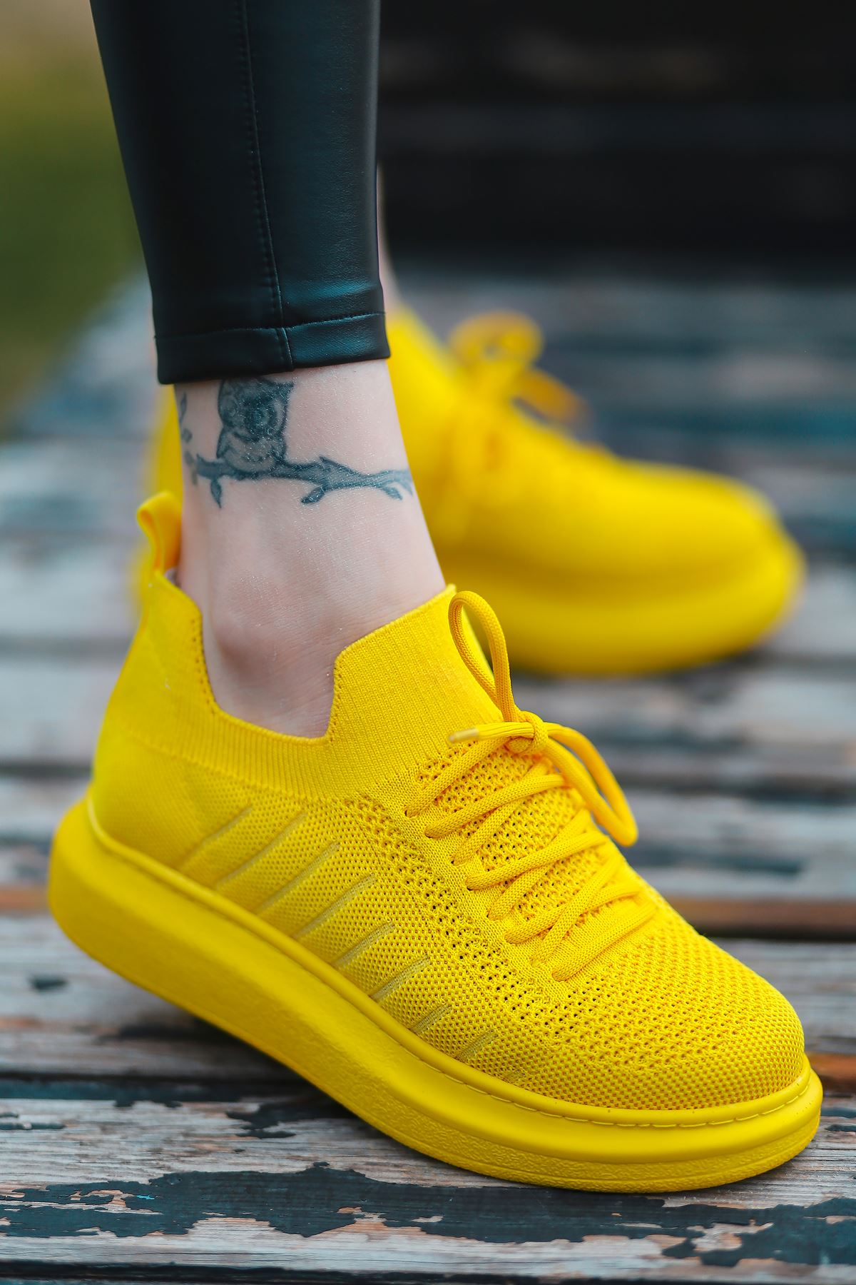 That Bağcık Detay Sarı Triko Kadın Spor Ayakkabı