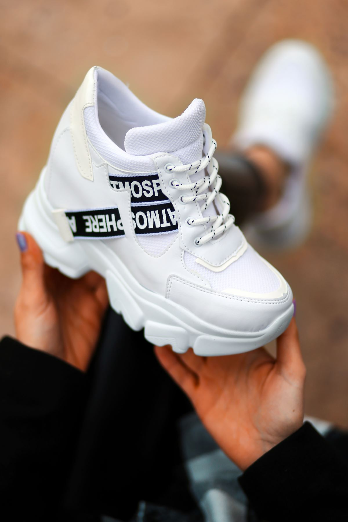 Pher Bağcık Detaylı Yüksek Taban Beyaz Kadın Spor Ayakkabı