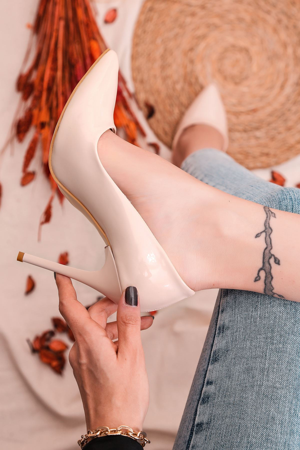 Ruha Yüksek Topuklu Ten Rugan Kadın Stiletto
