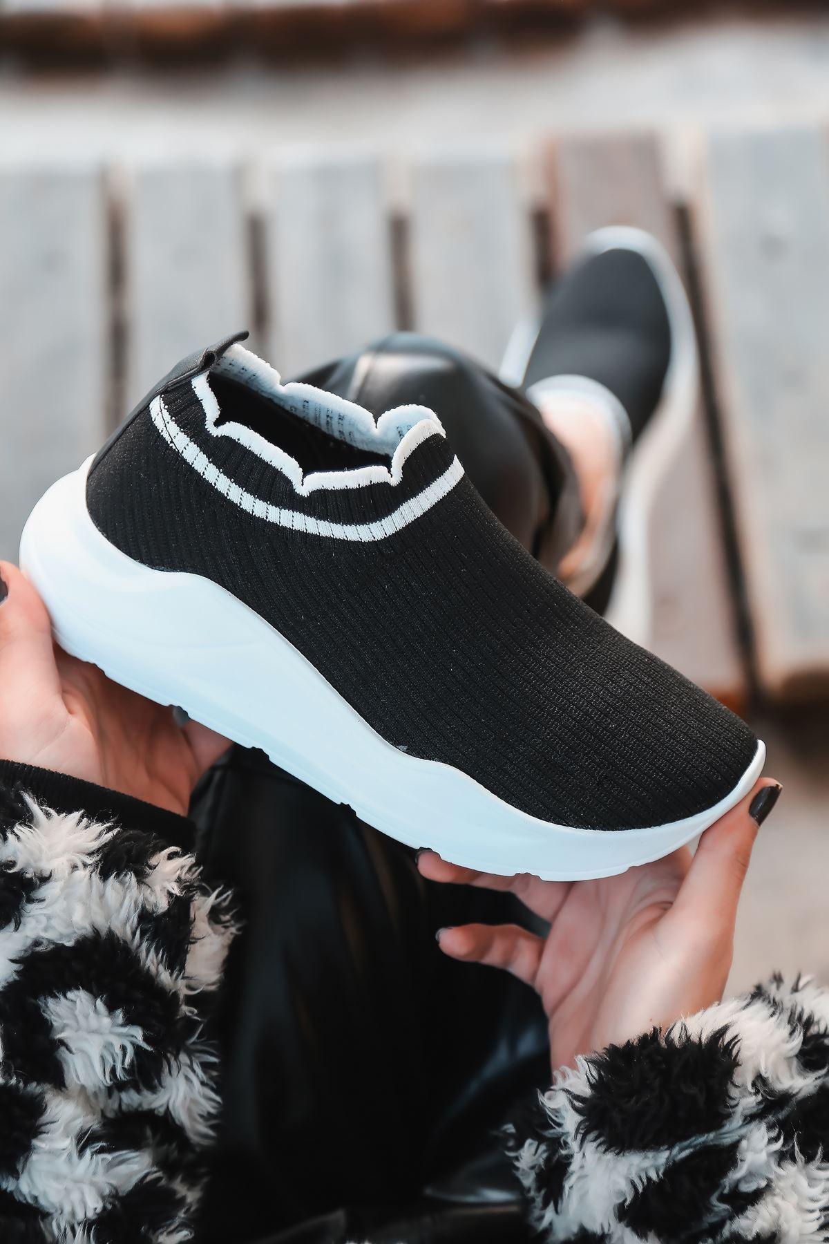Levin Beyaz Şeritli Siyah Triko Kadın Spor Ayakkabı