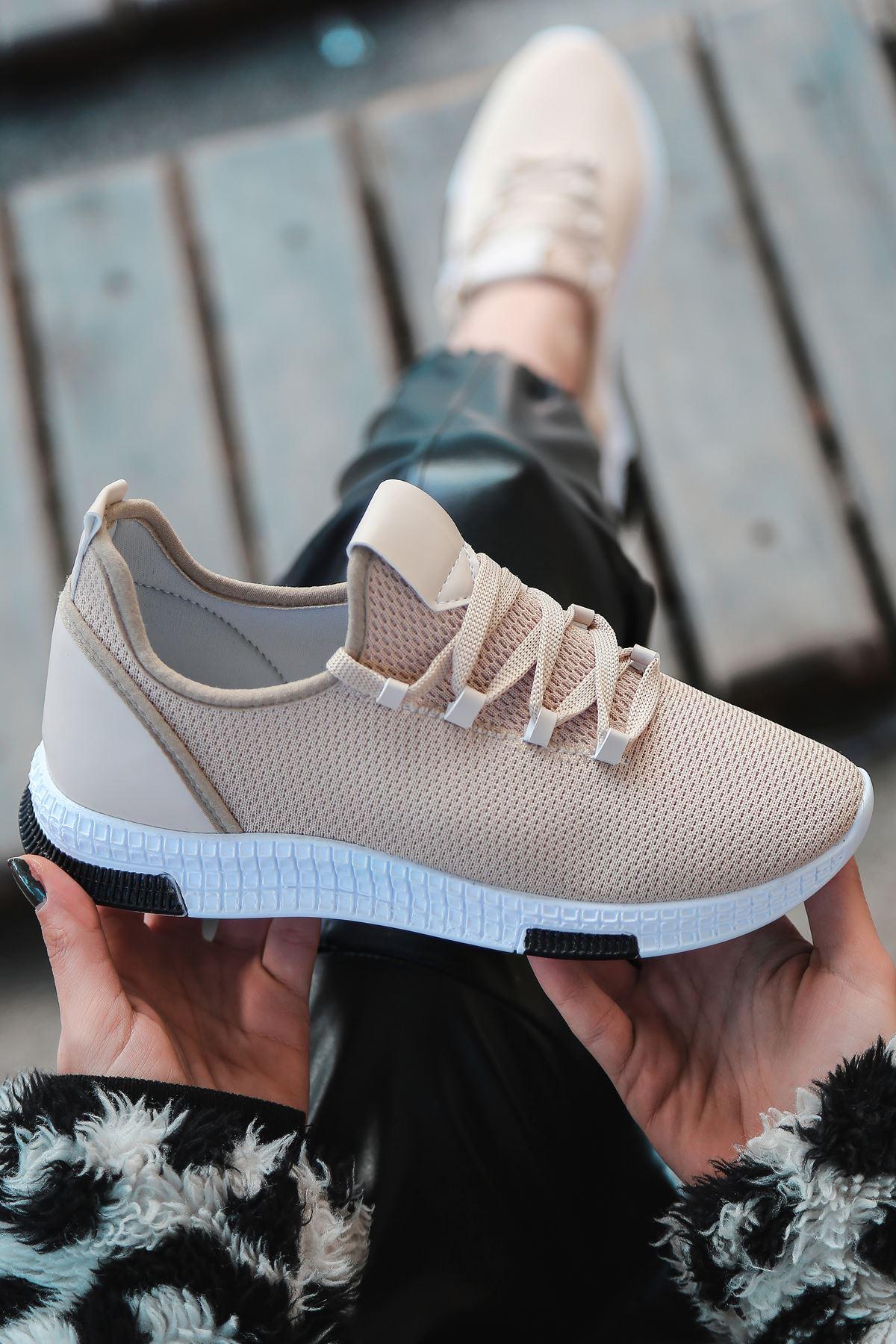 Adal Bağcık Detaylı Vizon Kadın Spor Ayakkabı