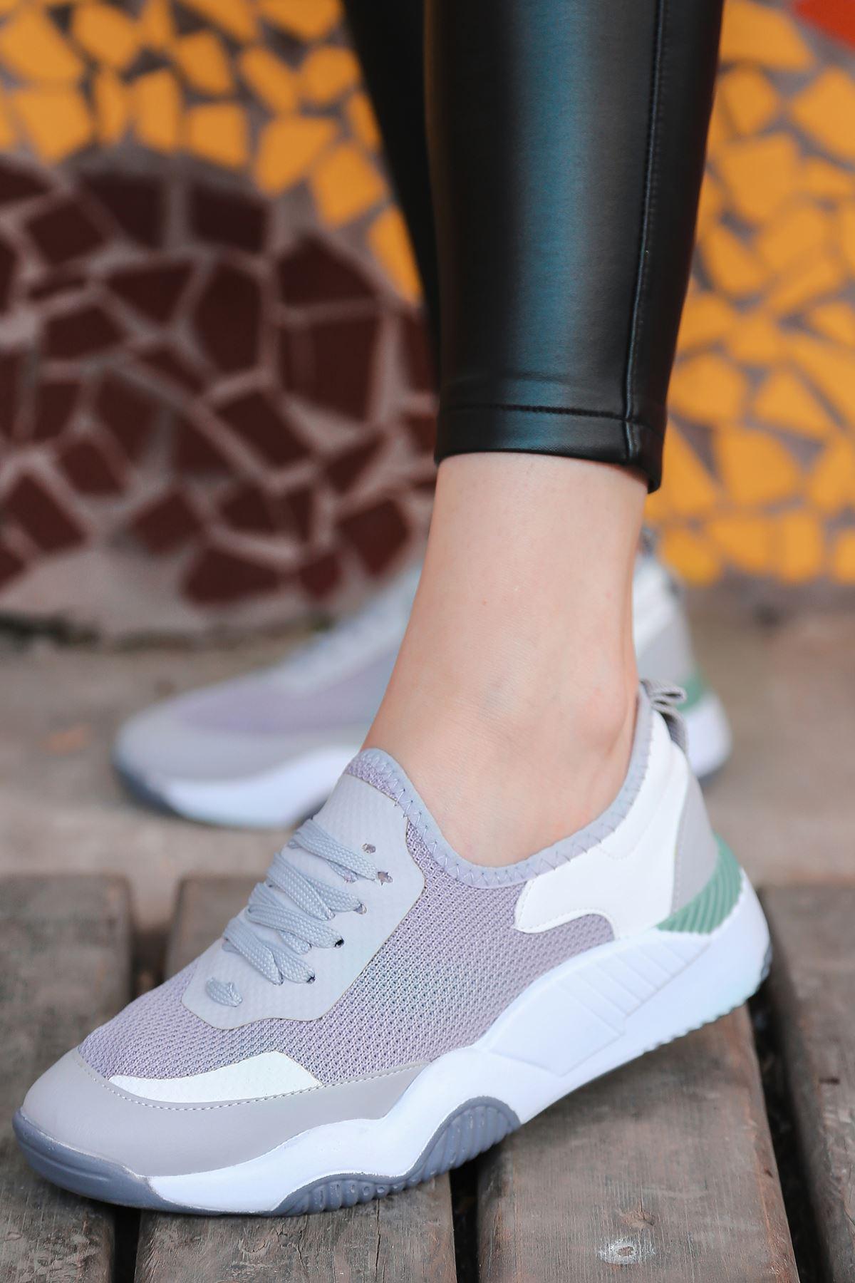 Rovina Beyaz Parçalı Bağcık Detaylı Gri Kadın Spor Ayakkabı