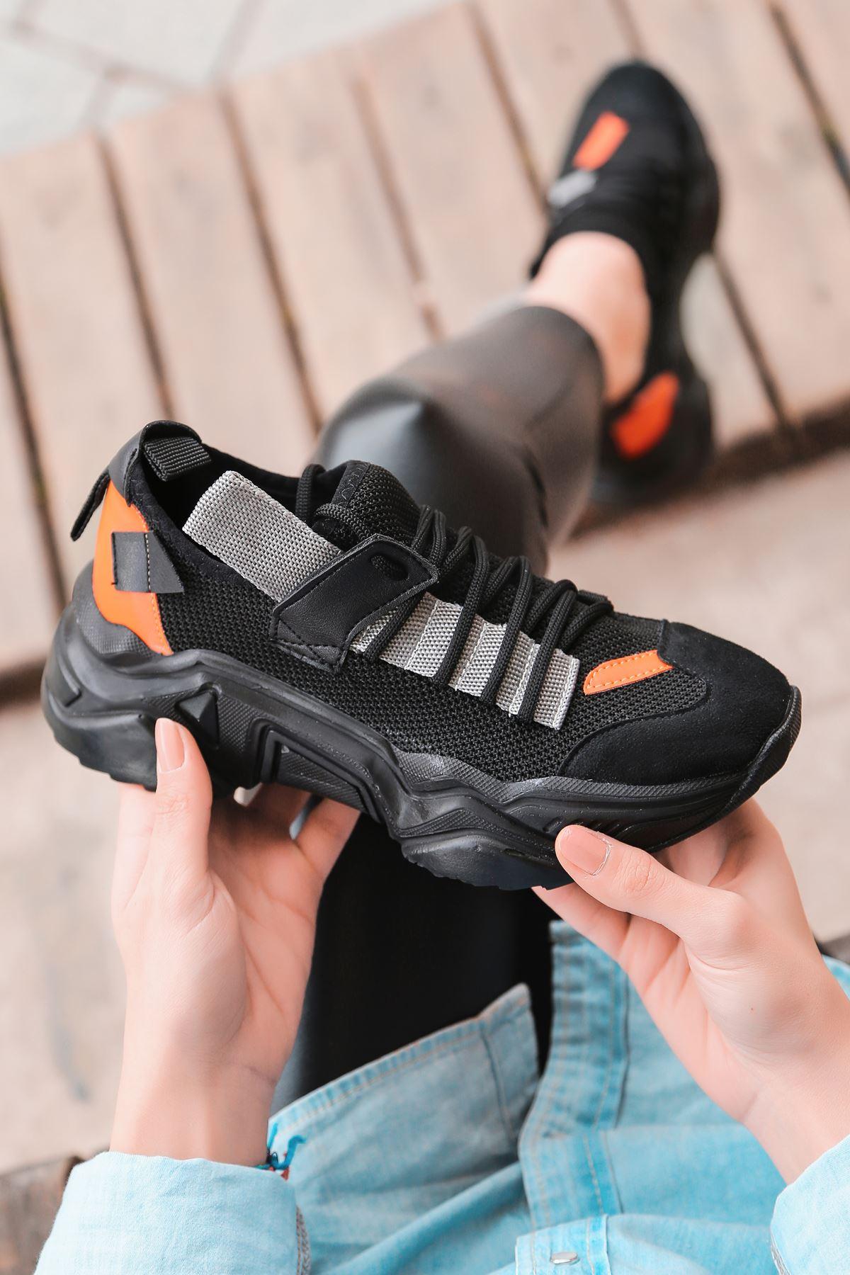 Jabel Gri Parçalı Bağcıklı File Detaylı Siyah Süet Kadın Spor Ayakkabı