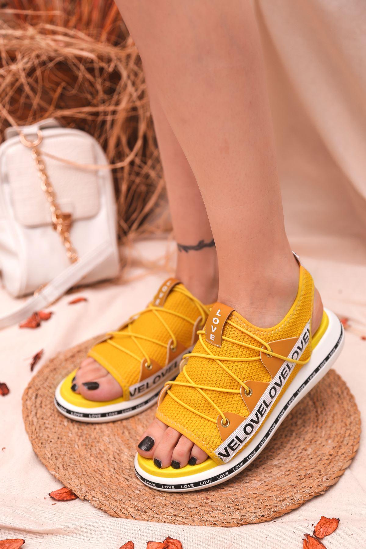 Flor Lastik Detay Likralı Triko Kadın Sandalet Sarı