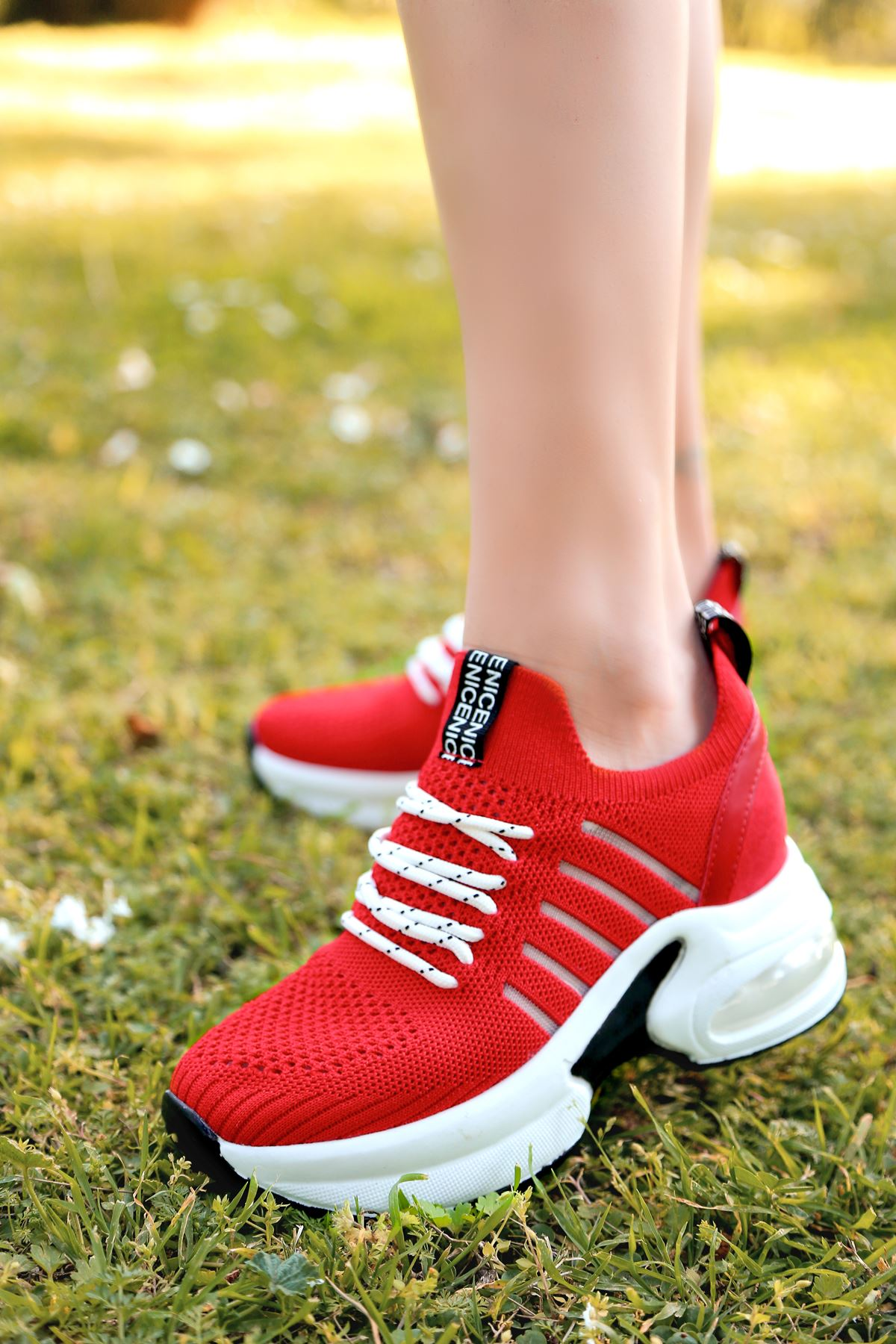 Loli Hava Tabanlı Triko File Detay Kırmızı Kadın Spor Ayakkabı