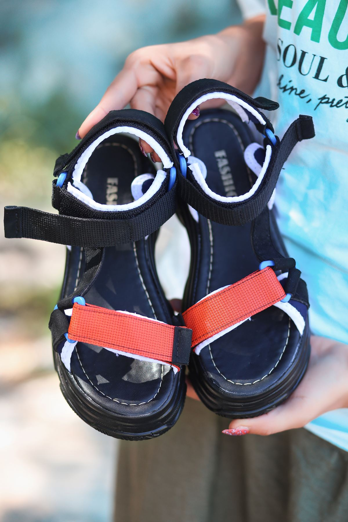 Leon Siyah Turuncu Yüksek Taban Kadın Sandalet