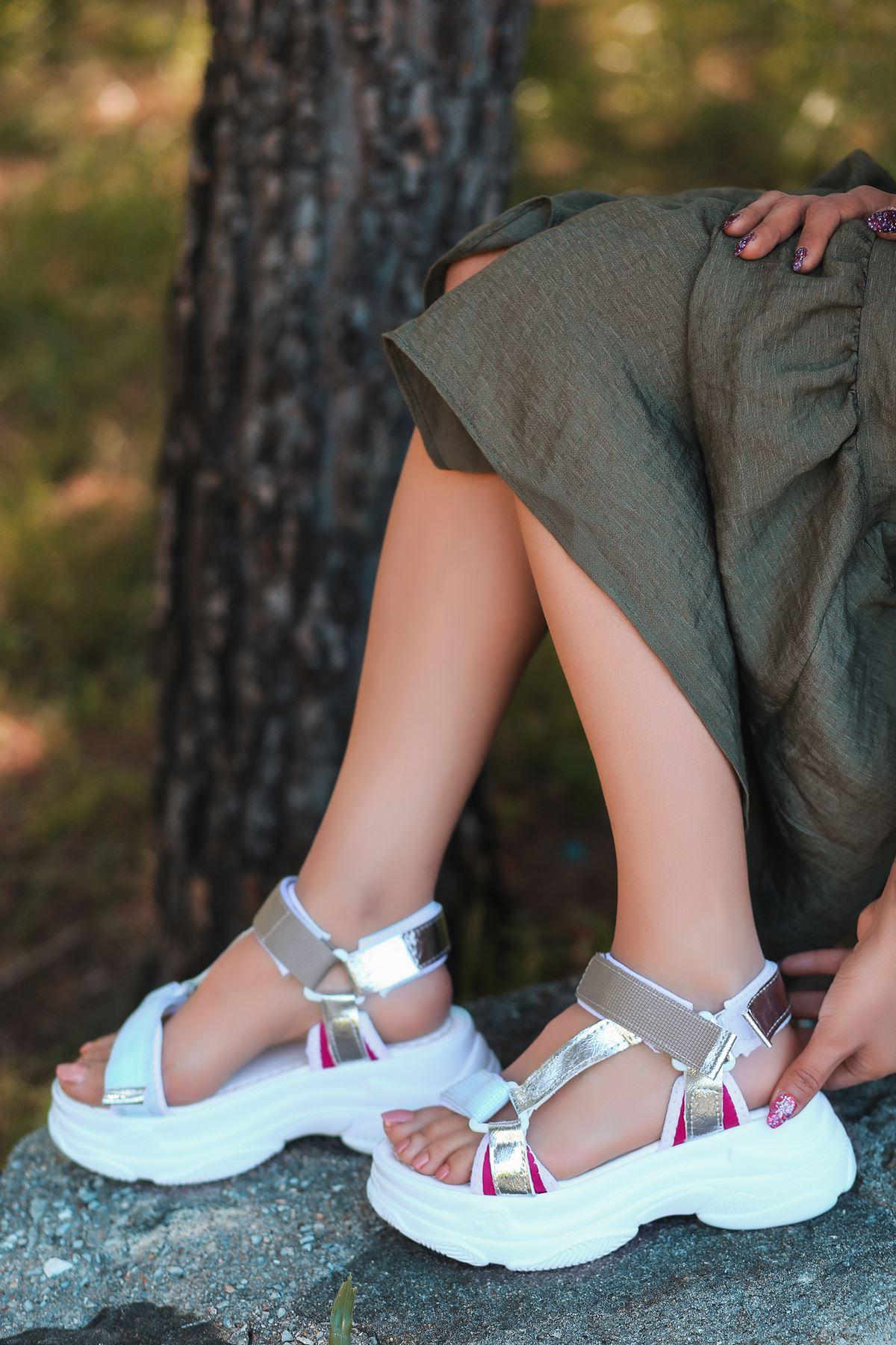 Leon Gümüş Pembe Yüksek Taban Kadın Sandalet
