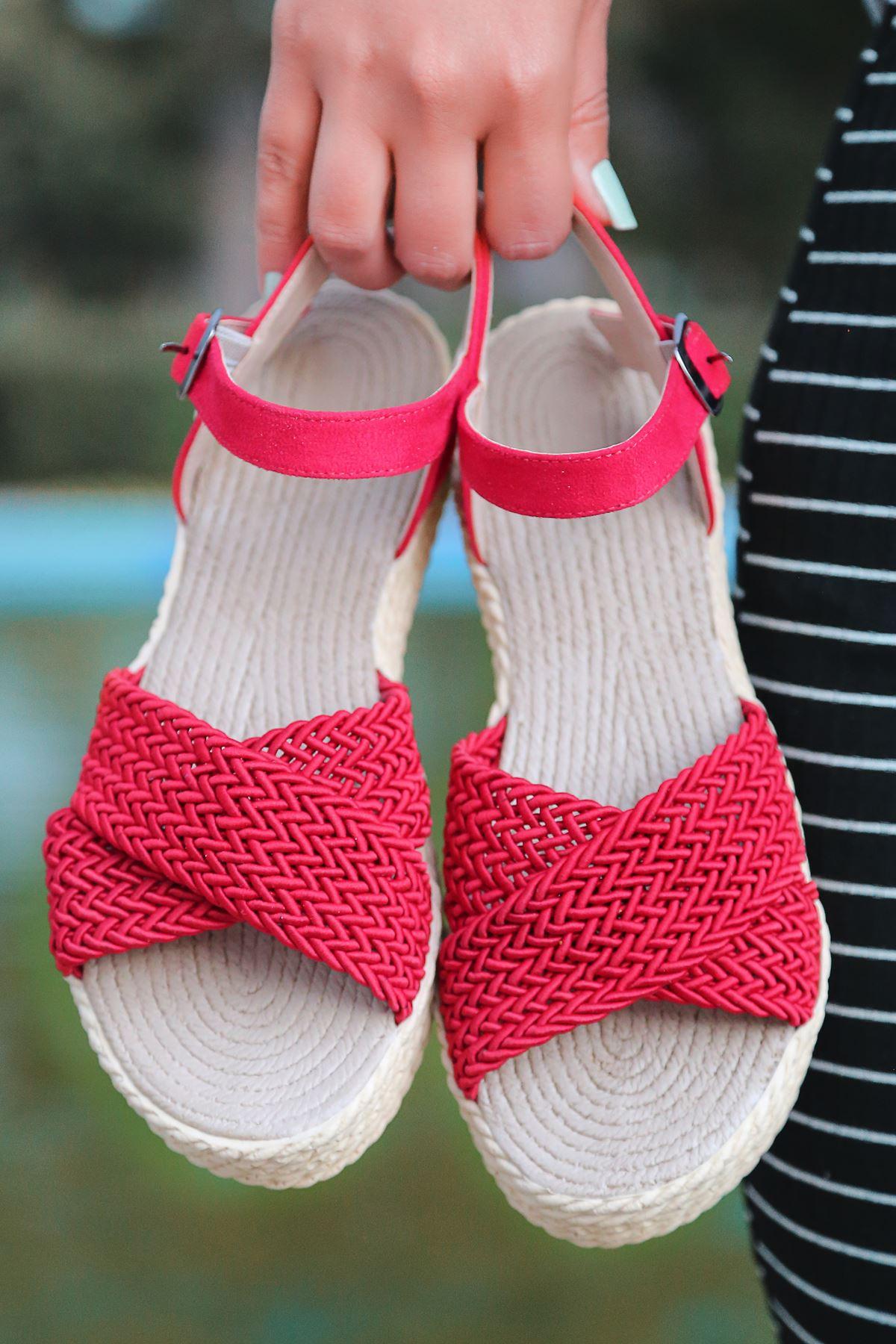 Dory Örgülü Kadın Sandalet Kırmızı