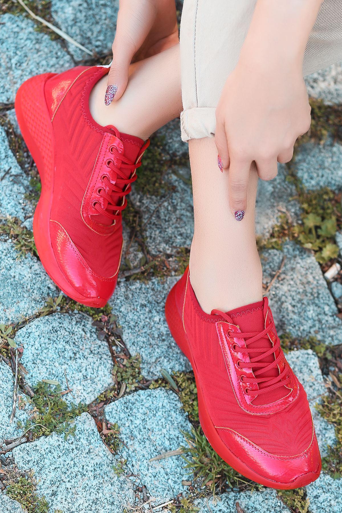 Otuzbes 2022 Kabartma Baskılı Günlük Spor Kırmızı Kadın Spor Ayakkabı