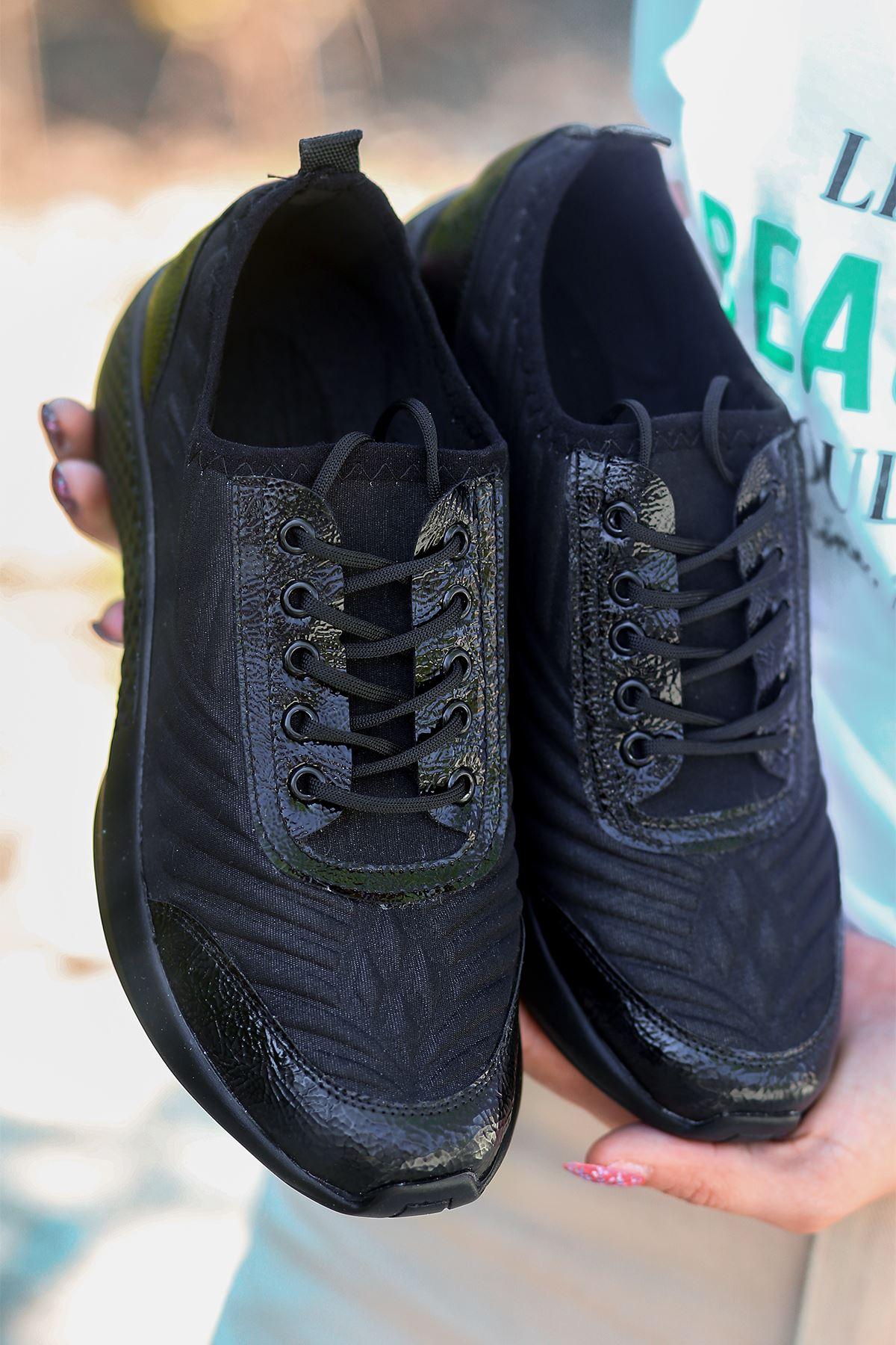 Otuzbes 2022 Kabartma Baskılı Günlük Spor Siyah Kadın Spor Ayakkabı