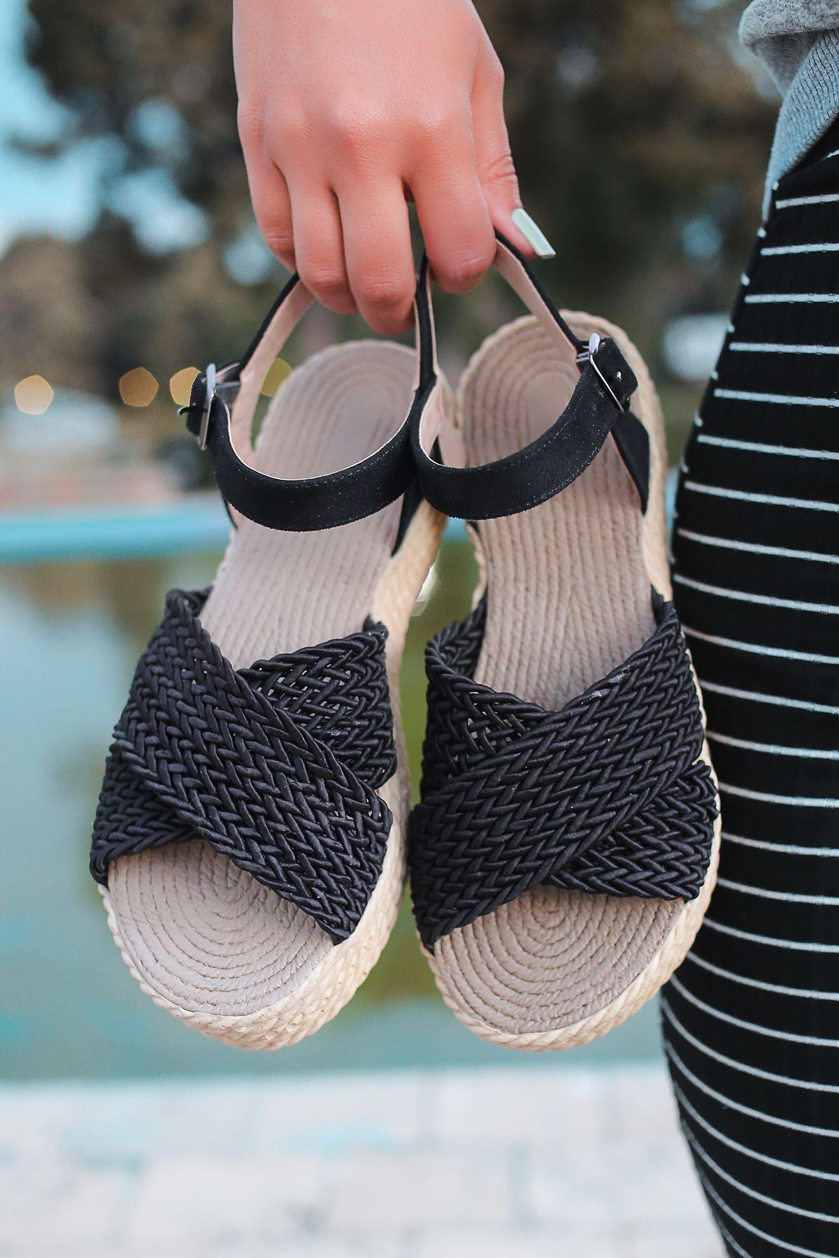 Dory Örgülü Kadın Sandalet Siyah