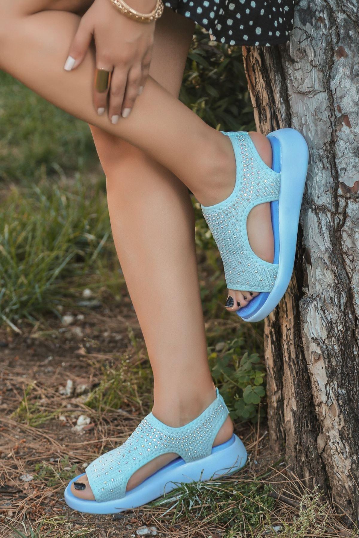 Merne Taş Detaylı Triko Bebe Mavi Kadın Sandalet