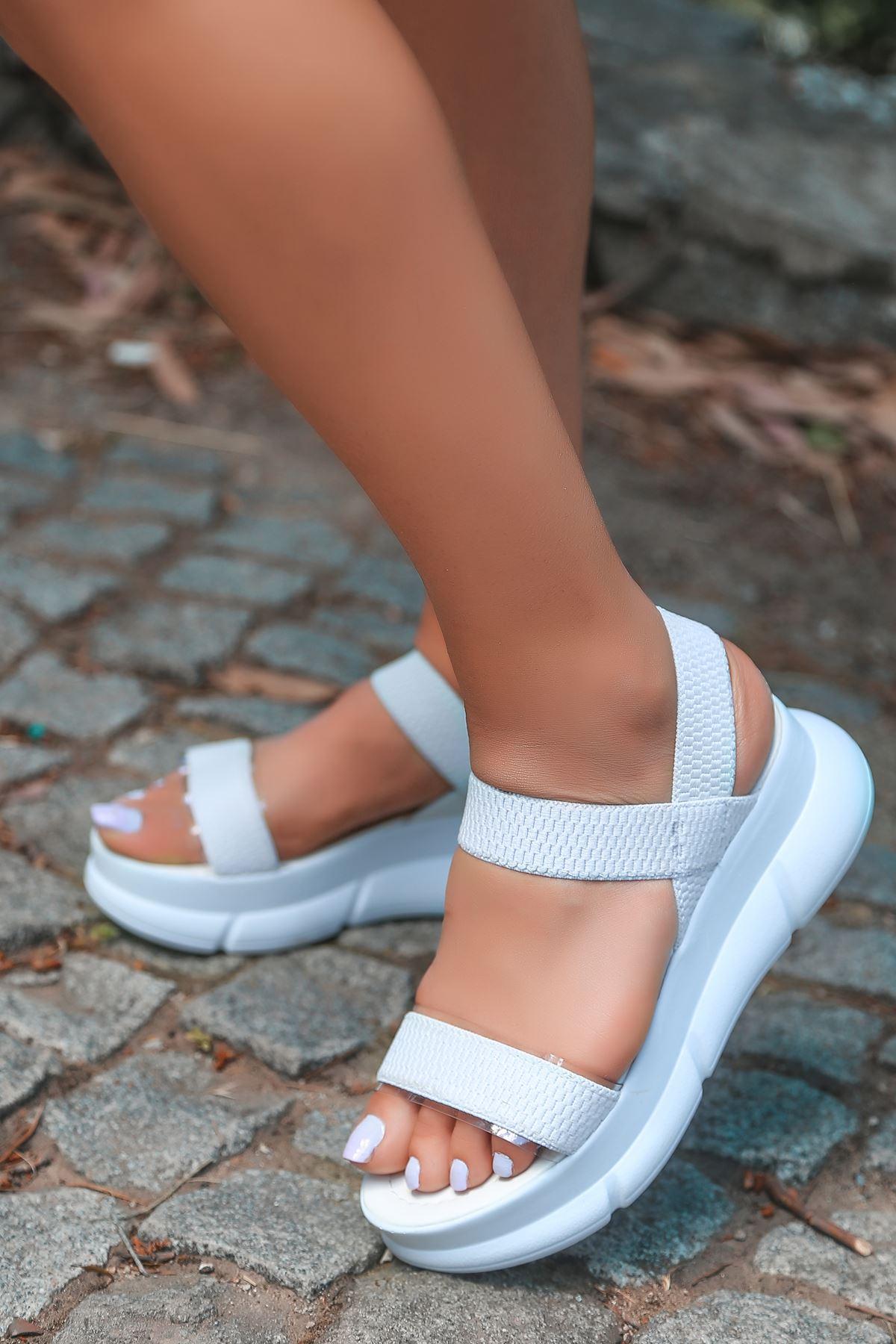 Aure Şeffaf Detay Triko Beyaz Kadın Sandalet