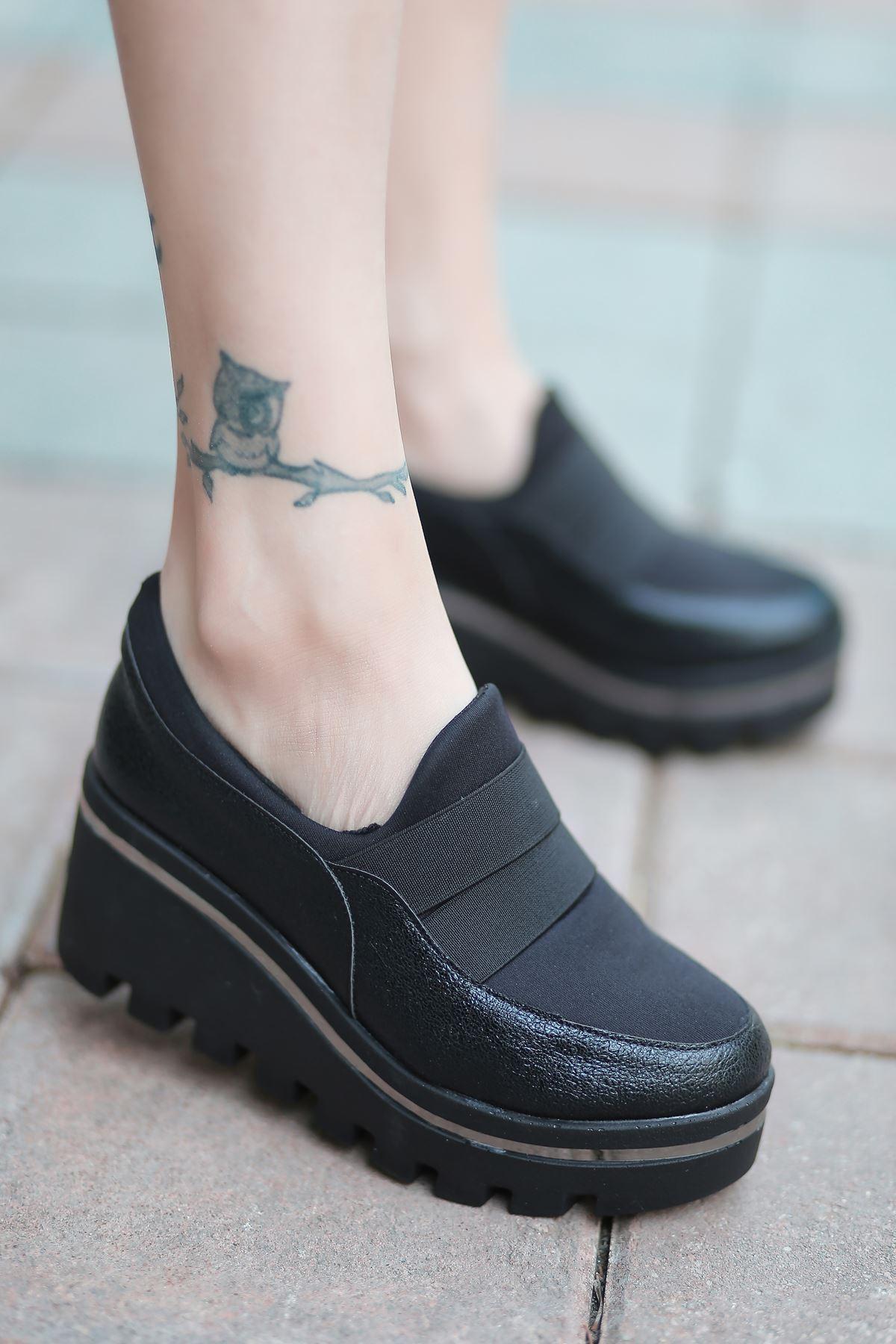 Bratz Lastik Detay Dolgu Topuk Ayakkabı Siyah