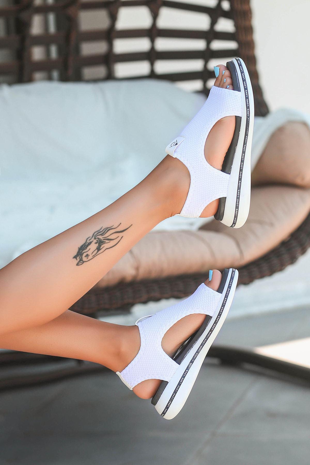 Gözde Likralı Triko Kadın Sandalet Beyaz