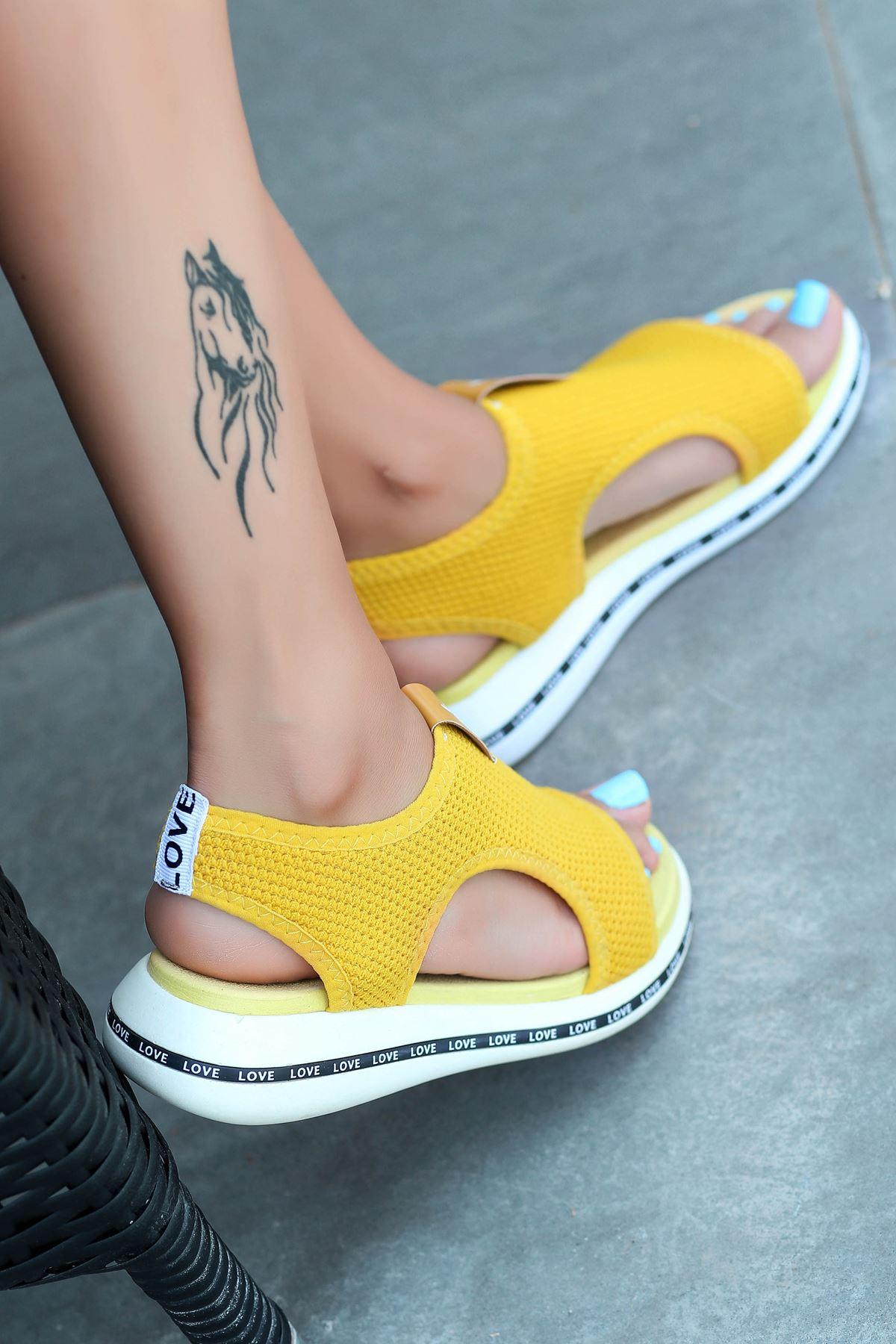 Gözde Likralı Triko Kadın Sandalet Sarı