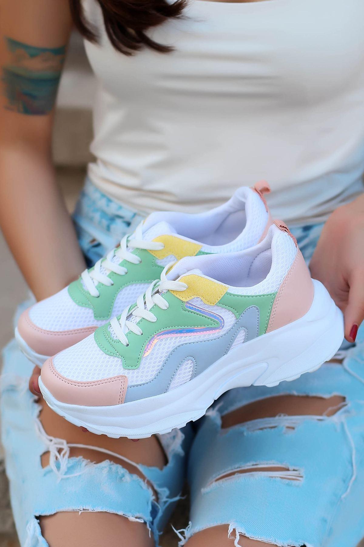 Lili Bağcık Detay Yeşil Hologram Beyaz Kadın Spor Ayakkabı
