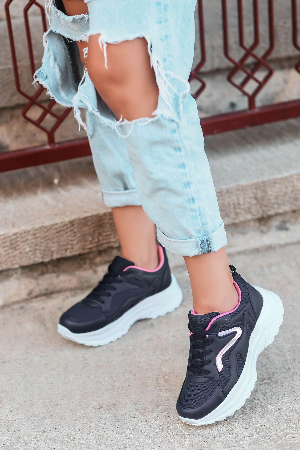 Lili Hologram Detay Fileli Laci Pembe Kadın Spor Ayakkabı BT